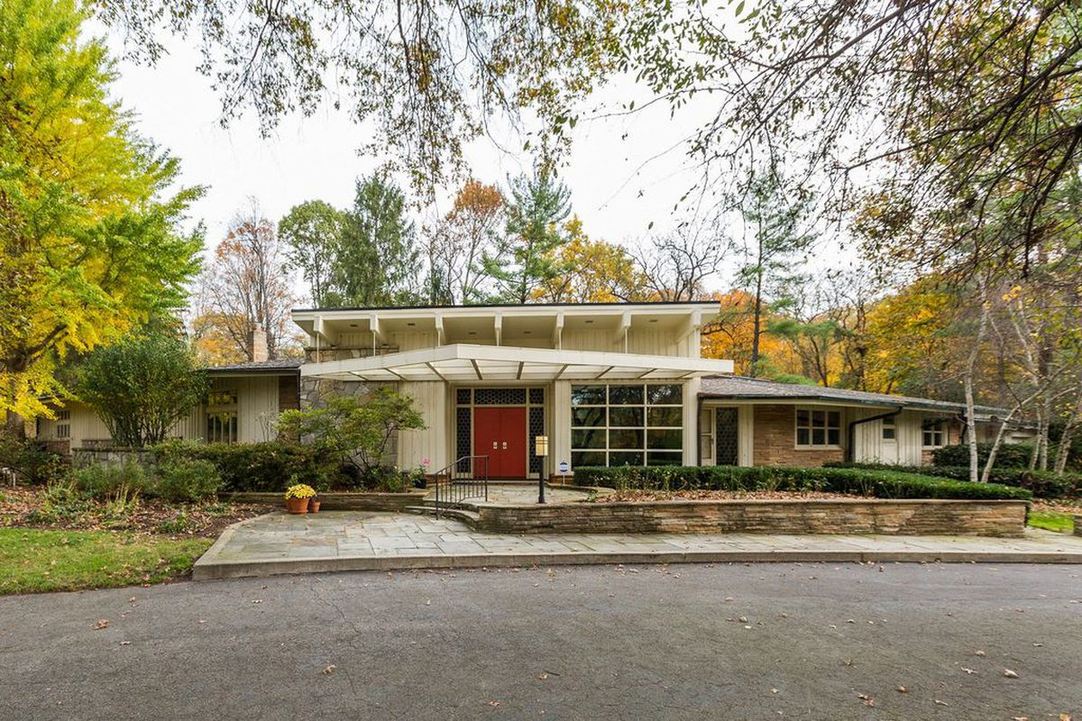 Updated midcentury modern home with unique layout asks 1 Mid century modern homes for sale houston