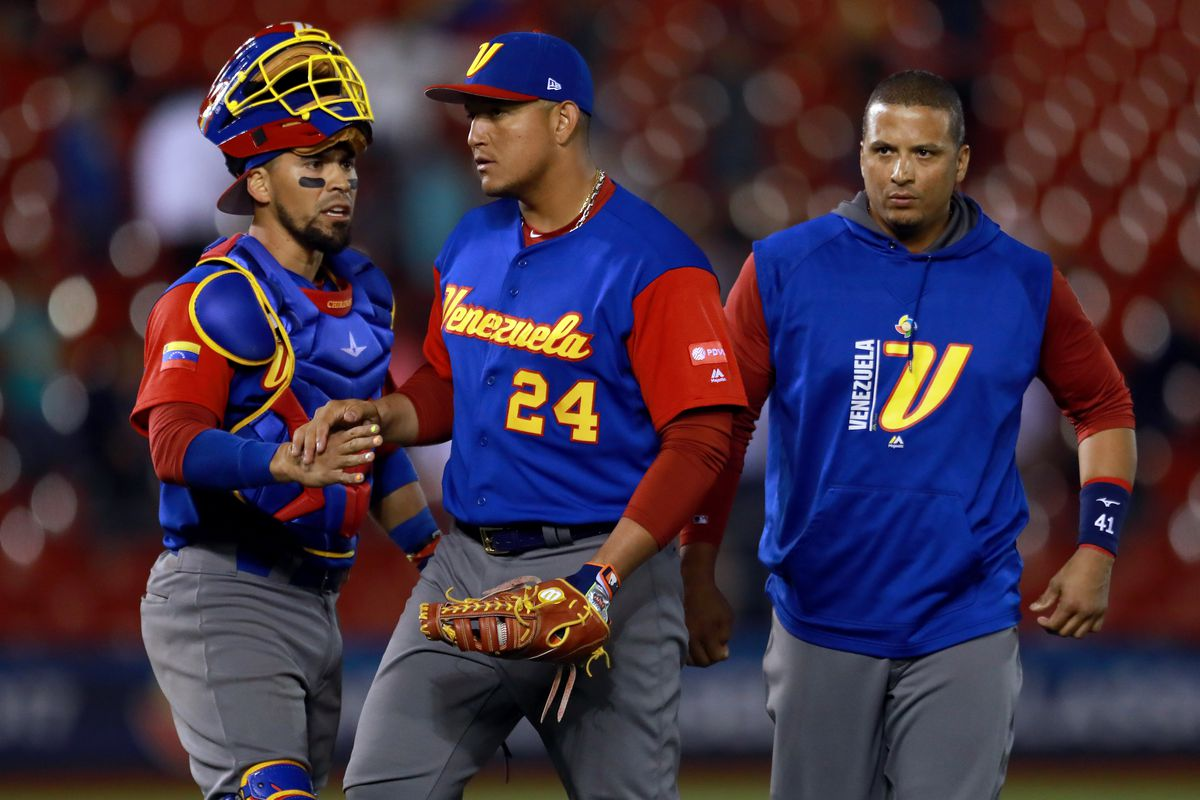 United States eliminates Dominicans to reach WBC semi-final