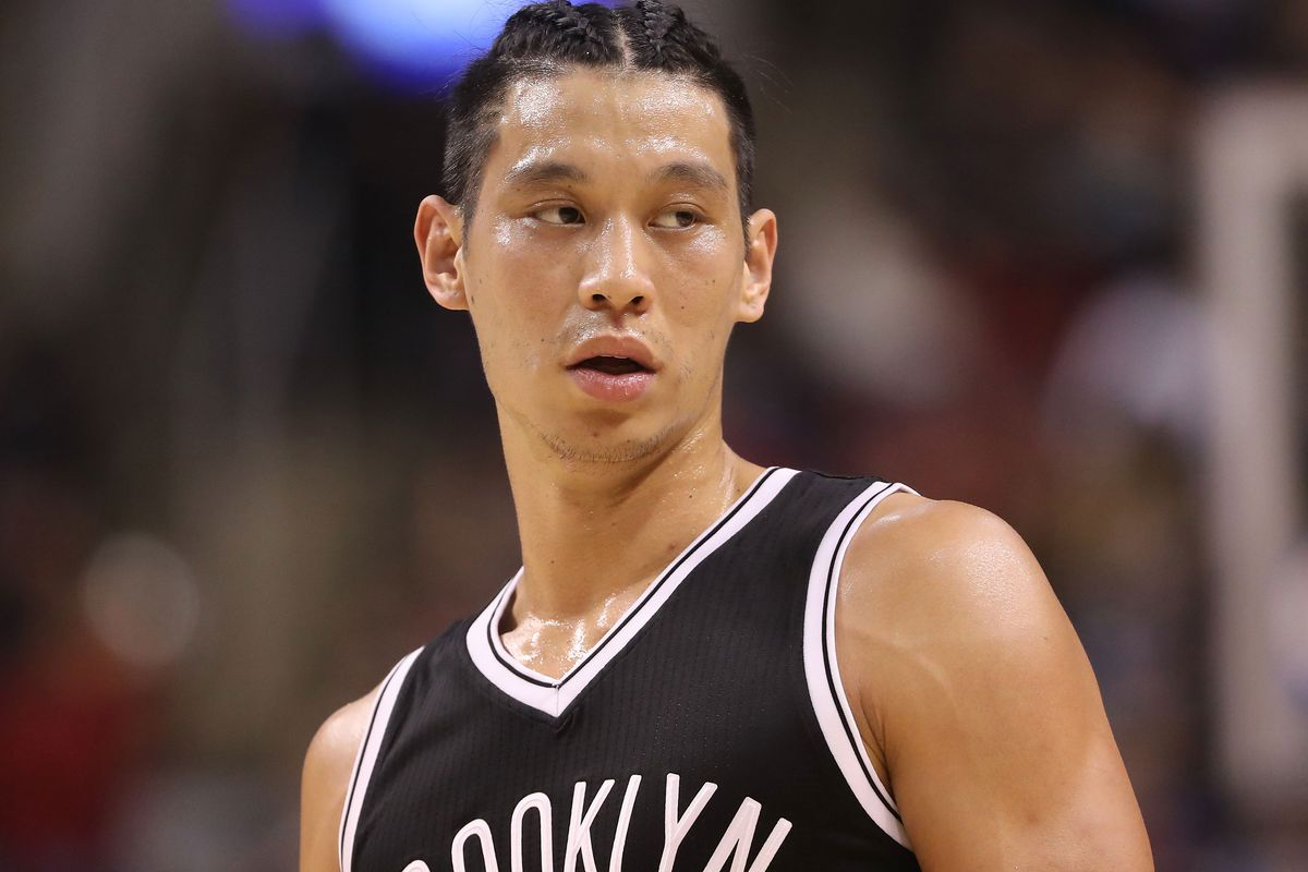 Oh Yeah, Jeremy Lin Is Back!