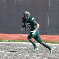 Matthew Sexton running after a catch.<br>