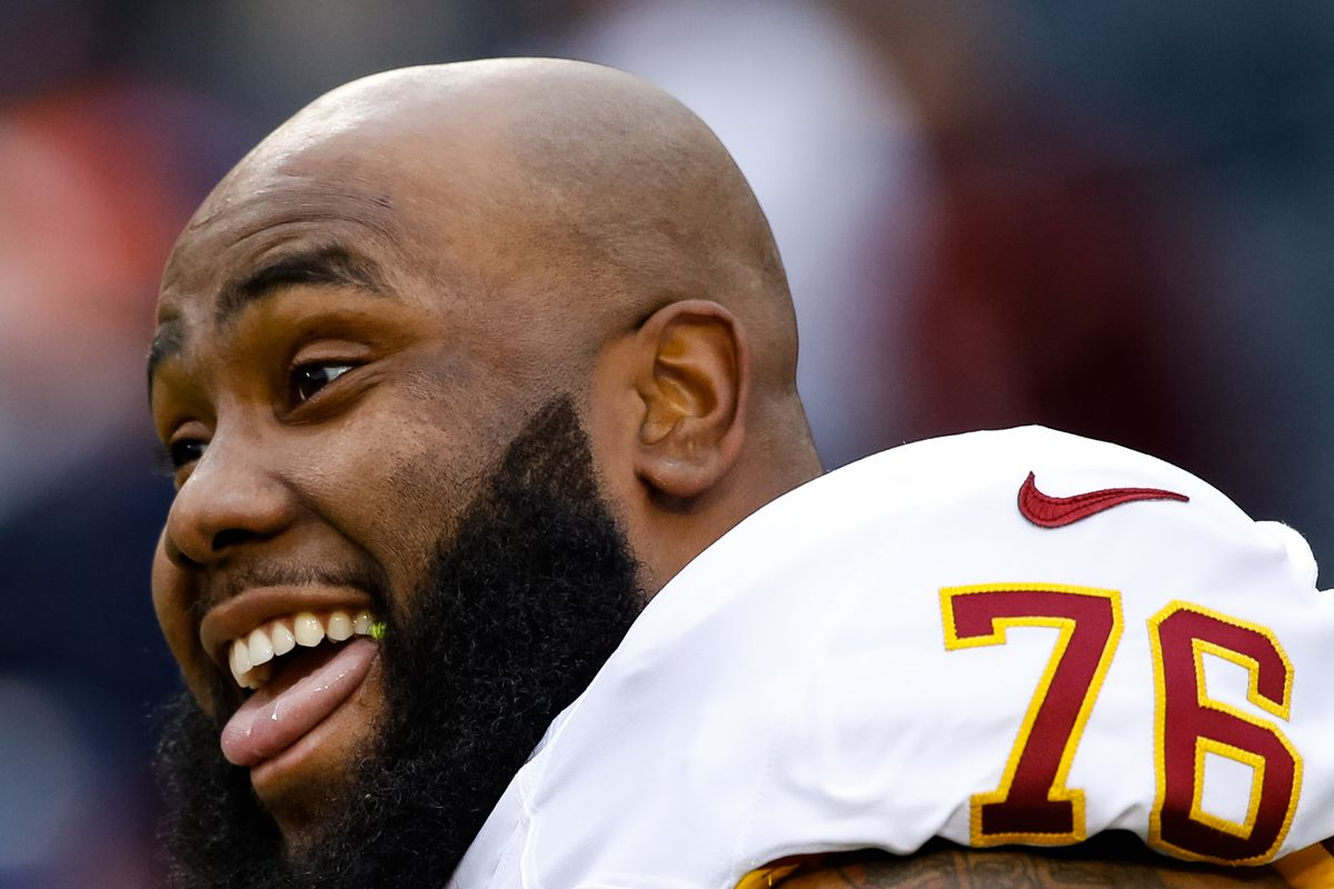 RT Morgan Moses signs multiyear extension with Redskins