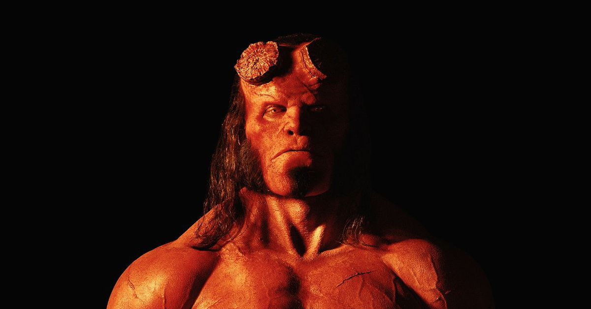 David Harbour poses as swole Hellboy in new photo