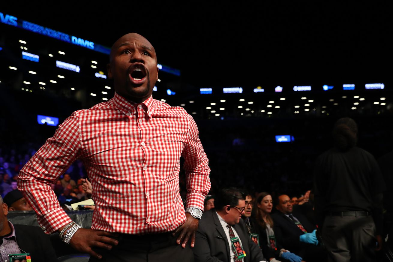 Floyd Mayweather responds to Conor McGregor: 'Let's give the fans what they want to see'