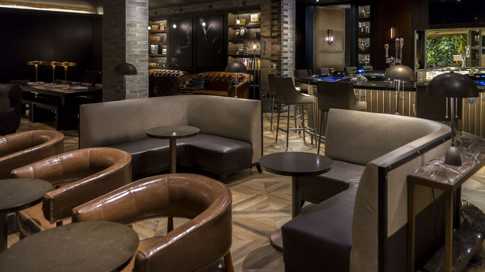 Your First Look Inside Montecristo Cigar Bar Eater Vegas