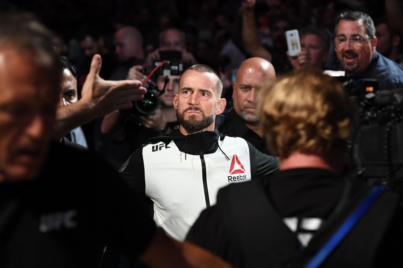 community news, CM Punk 'feverishly working' on getting another UFC fight booked