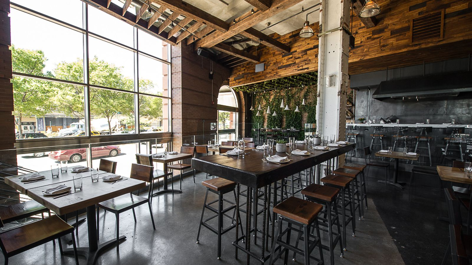 12 restaurants perfect for a group dinner eater ny for Restaurants for big groups
