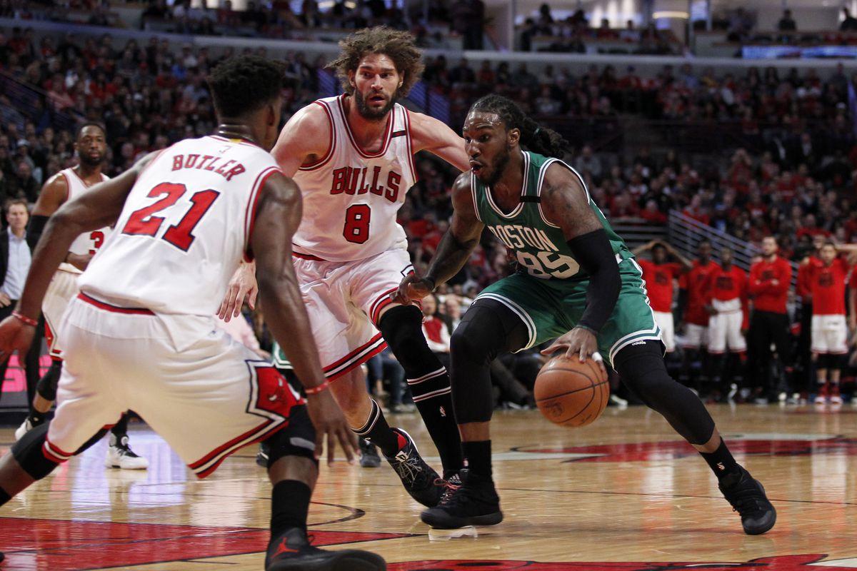 Celtics Beat Bulls, Tying Series at 2-2