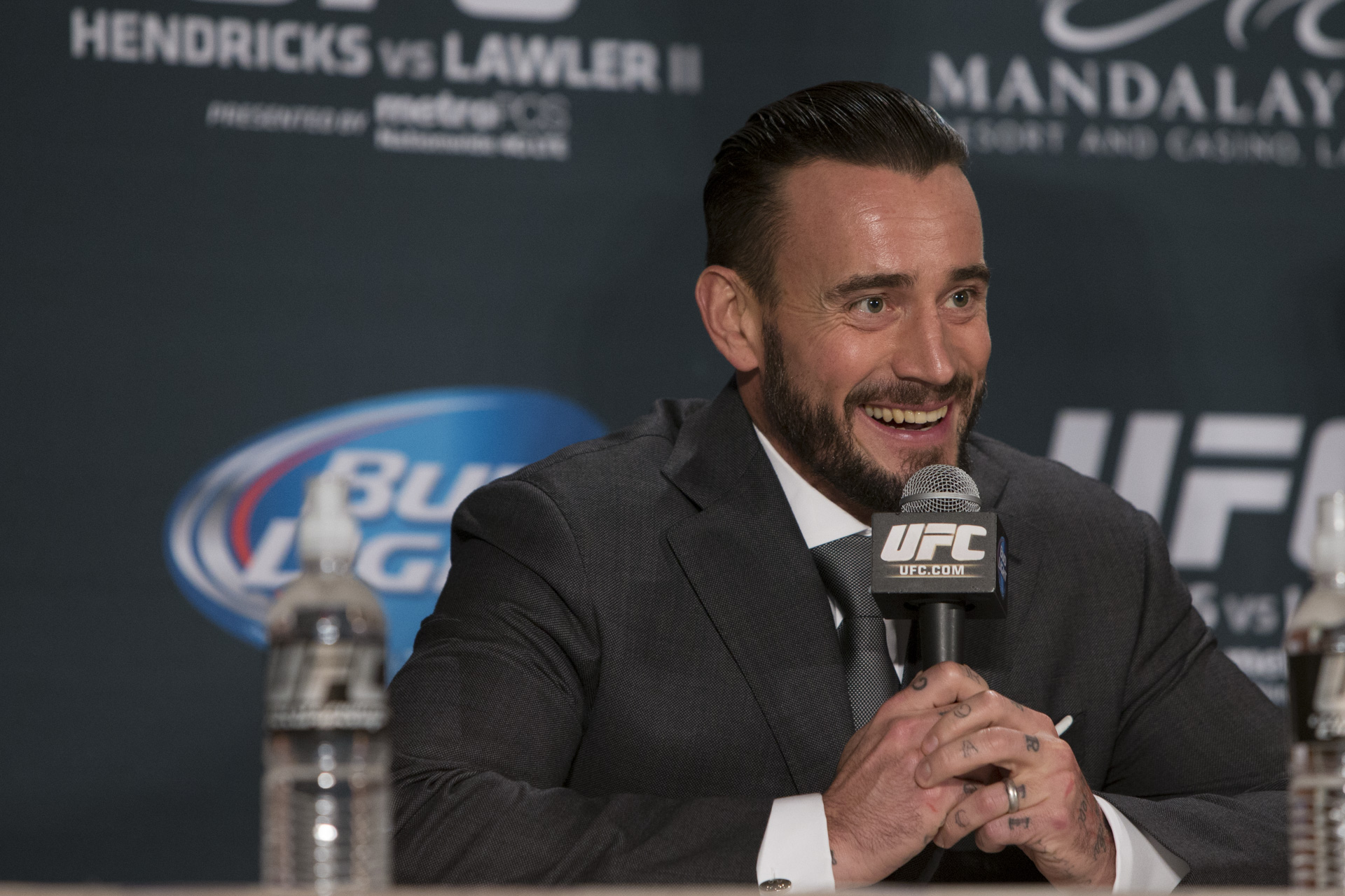 Pros react to cm punks signing with ufc mma fighting voltagebd Image collections