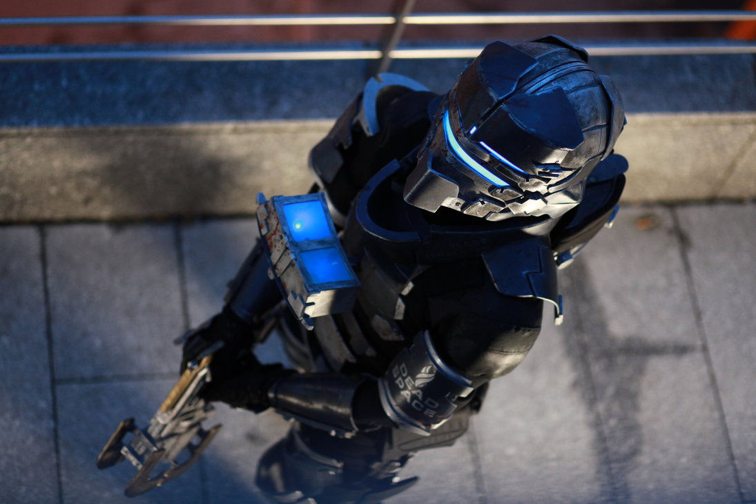 isaac clarkes dead space armor recreated in real life