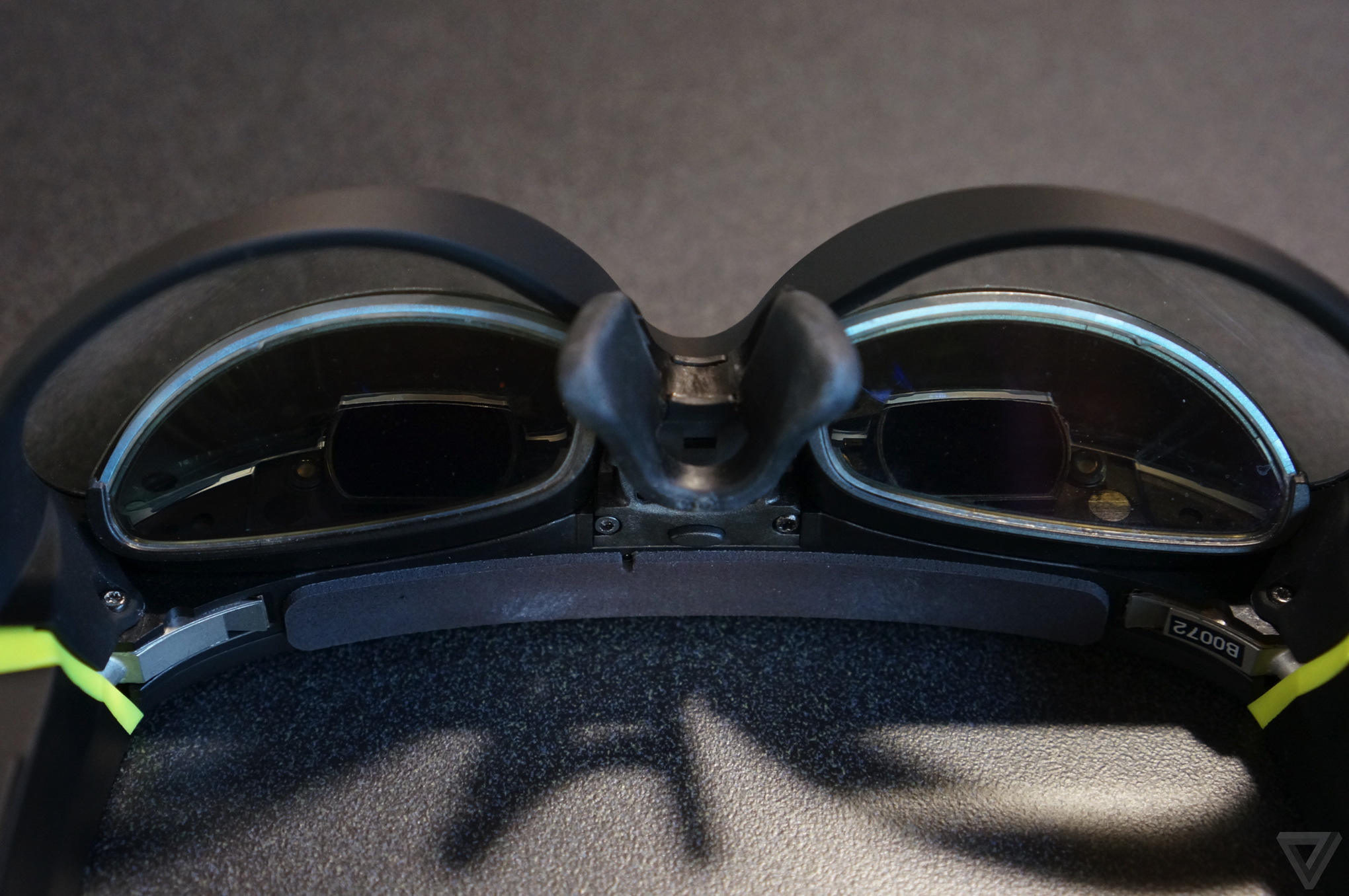 41453c9dfb9b The Augmented Vision goggles can also indicate when you've received a text  message, at which point you can use your steering wheel controls to tell  the ...