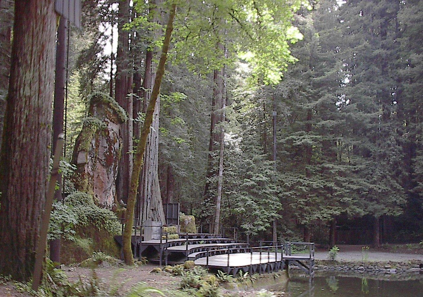 Bohemian Grove's owl shrine