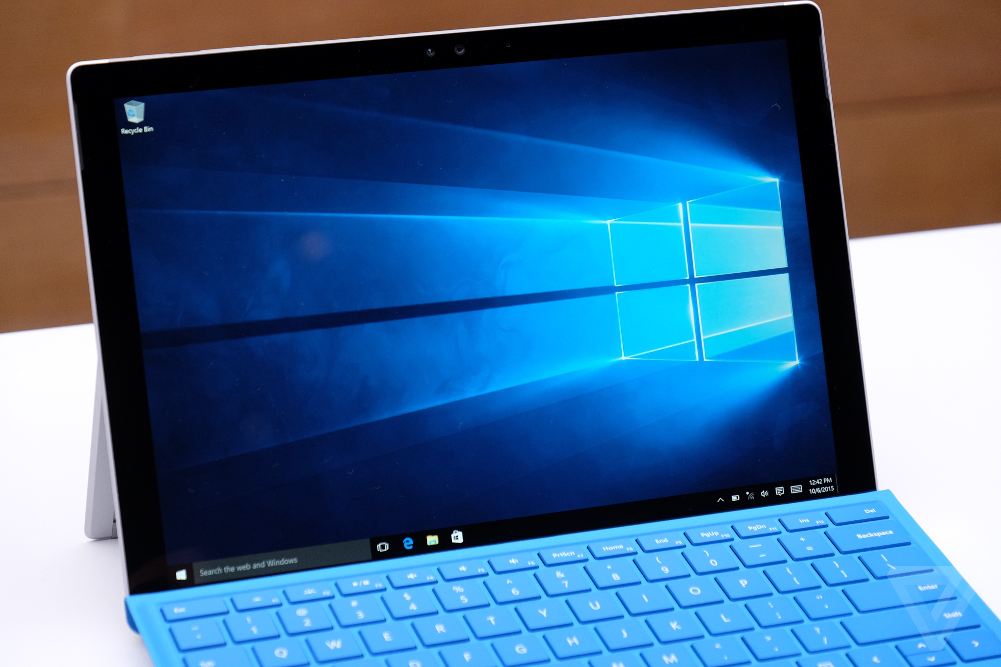 Microsoft Surface Pro 4 hands-on photos