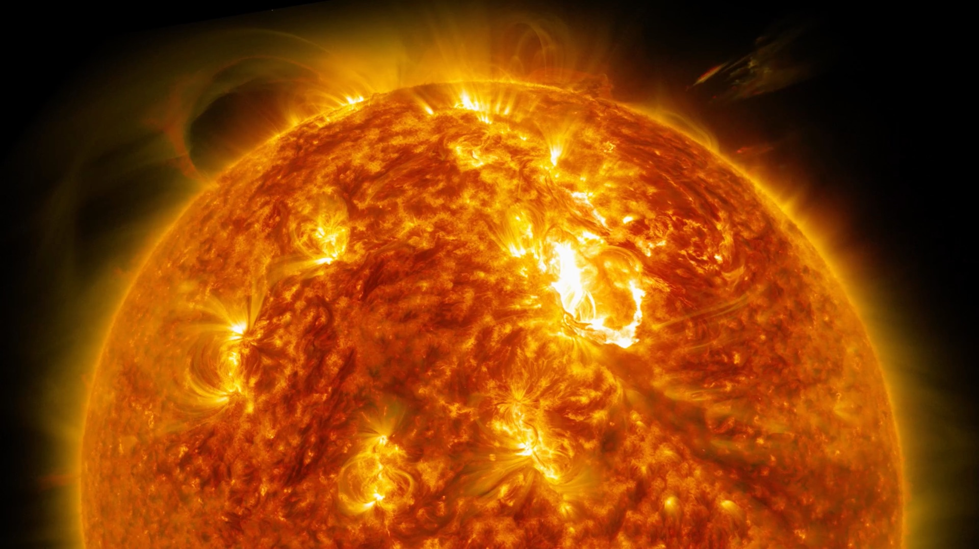 Stare into this 4K video of the Sun for half an hour - The ...