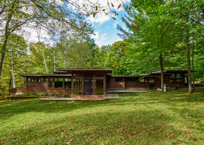 Stellar Frank Lloyd Wright Inspired Michigan Home Asks