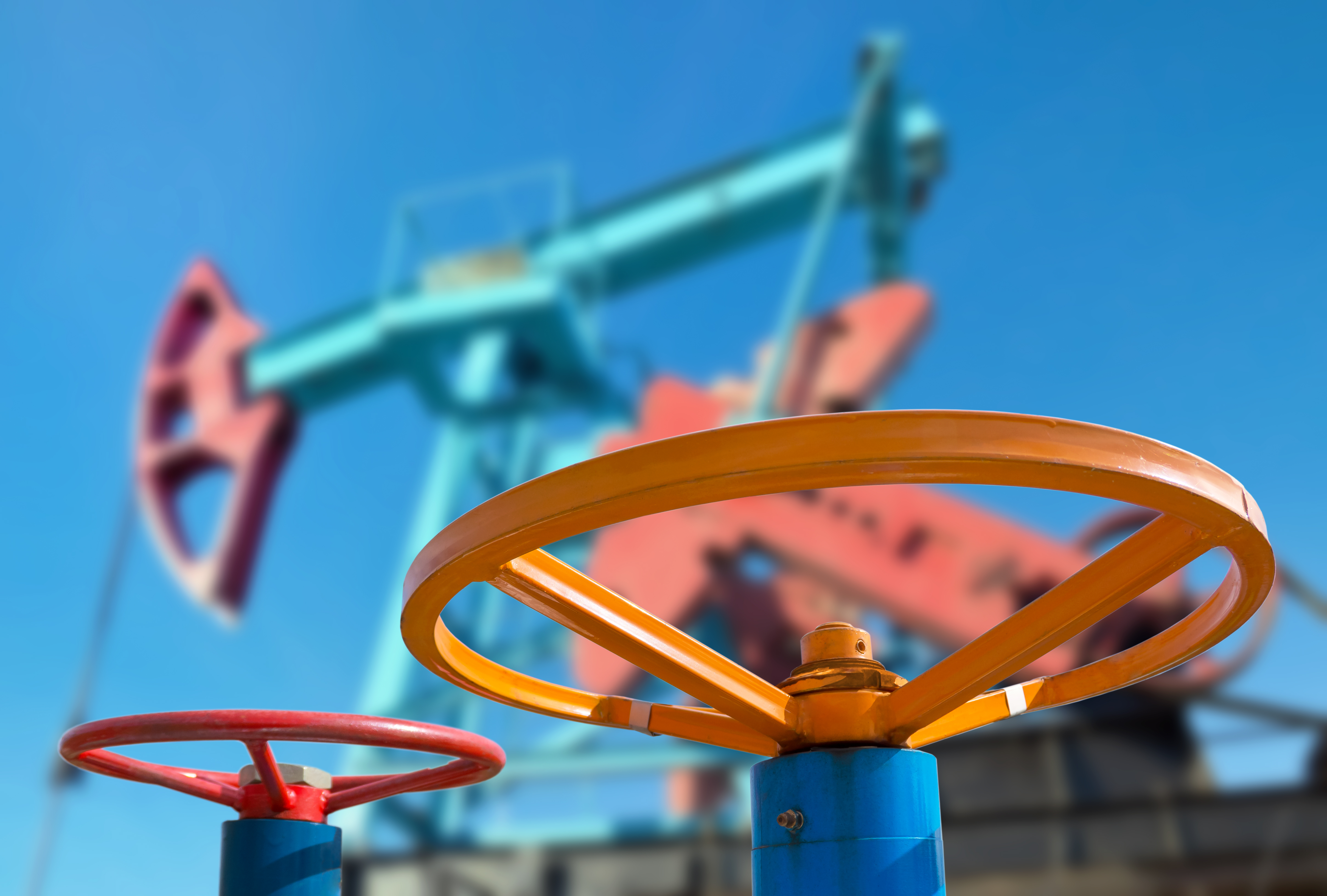 why oil prices keep falling I once produced an oil price forecast based on  falling in the short term and look set to keep falling  four reasons why world gas prices are.