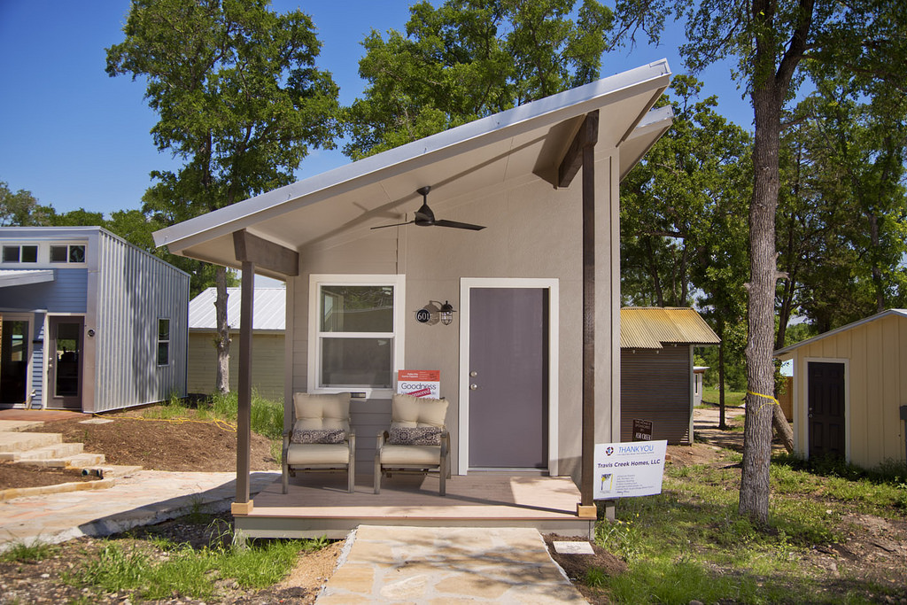 Tiny houses in austin are helping the homeless but it for Small home builders near me