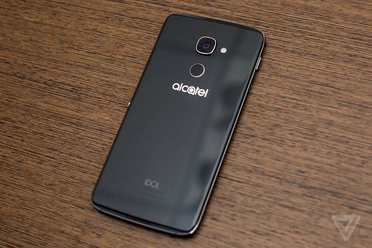 Alcatel Idol 4S review: it's hard out there for a phone - The Verge