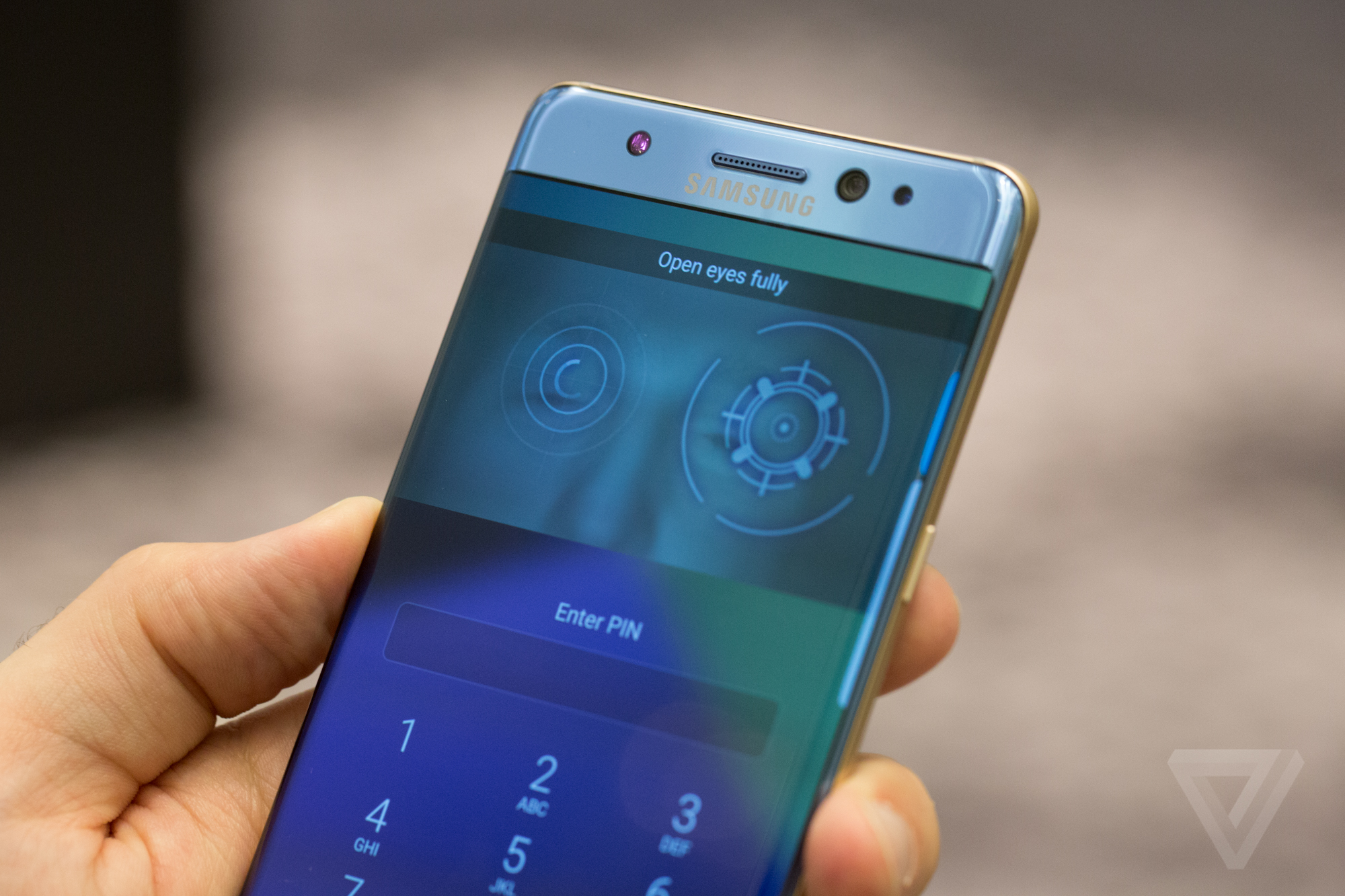 Samsung Galaxy Note Edge pictures, official photos