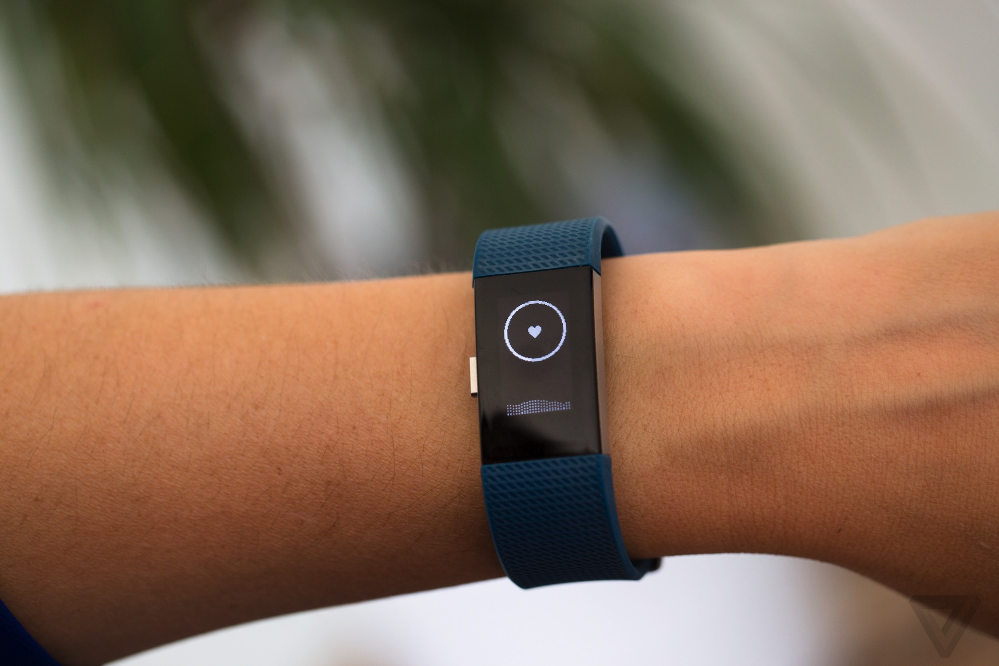 Fitbit Charge 2 review: a promising fitness tracker ...