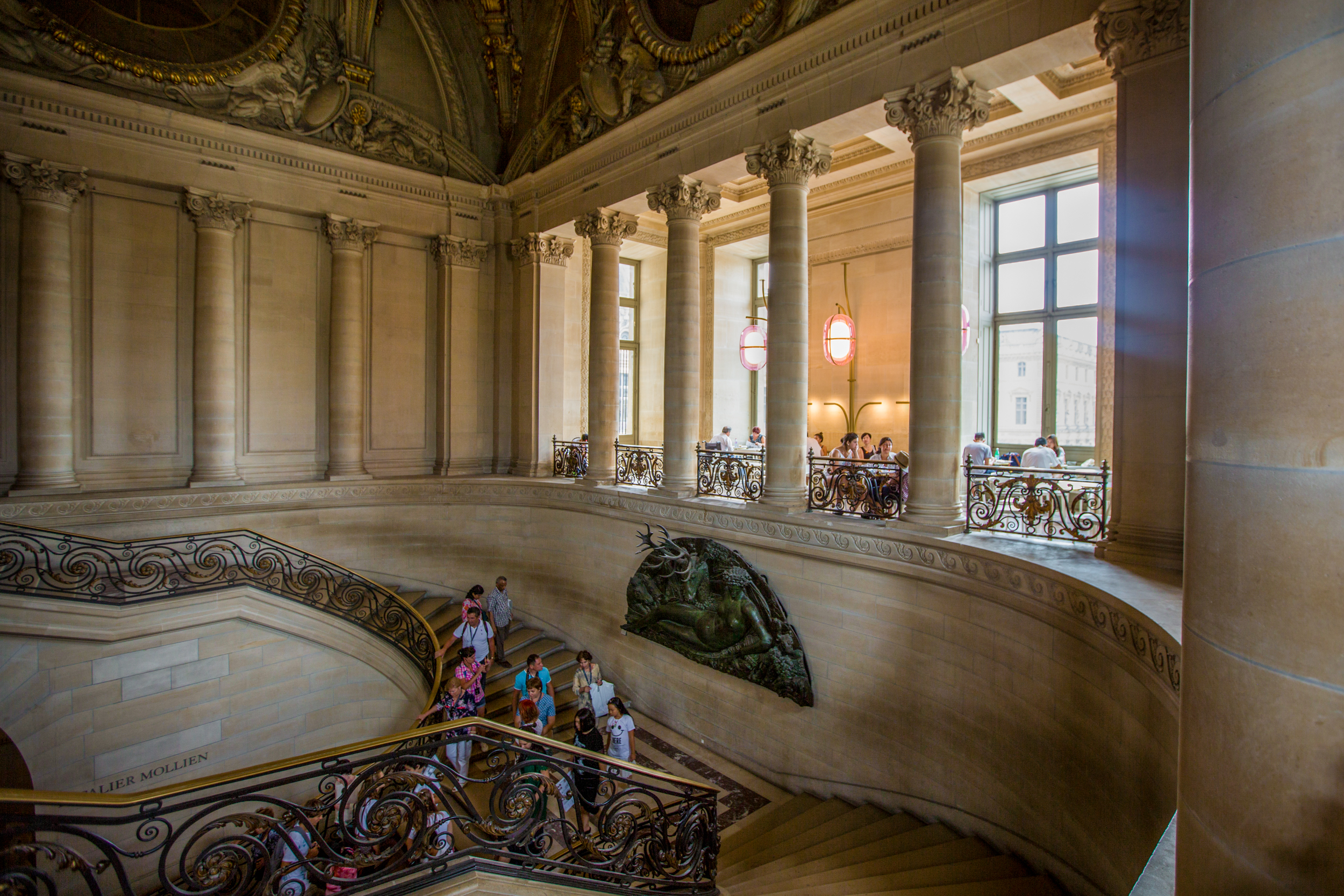 where to eat at the louvre - eater