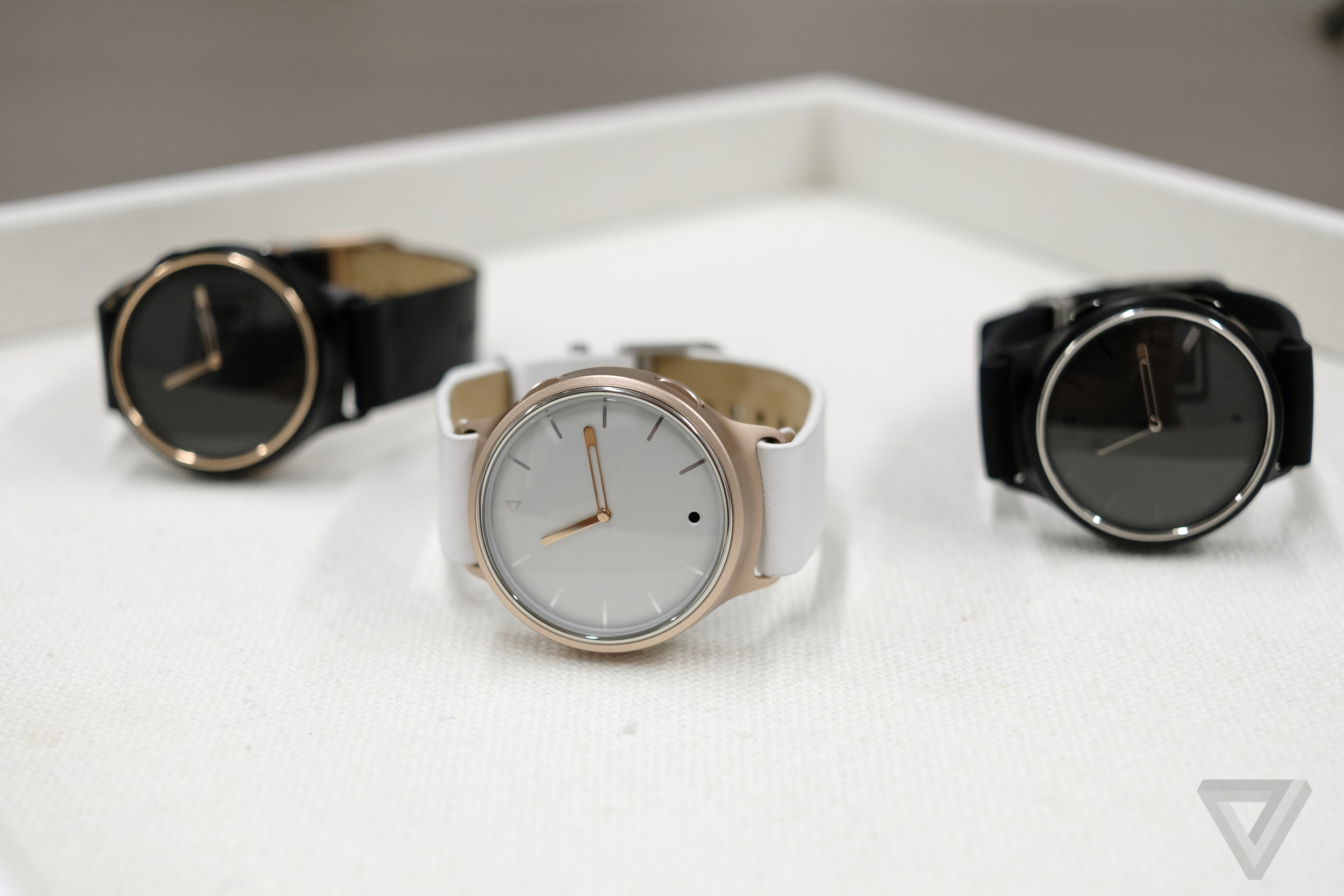 Misfit launches Misfit Phase Hybrid smartwatch: All you need to know