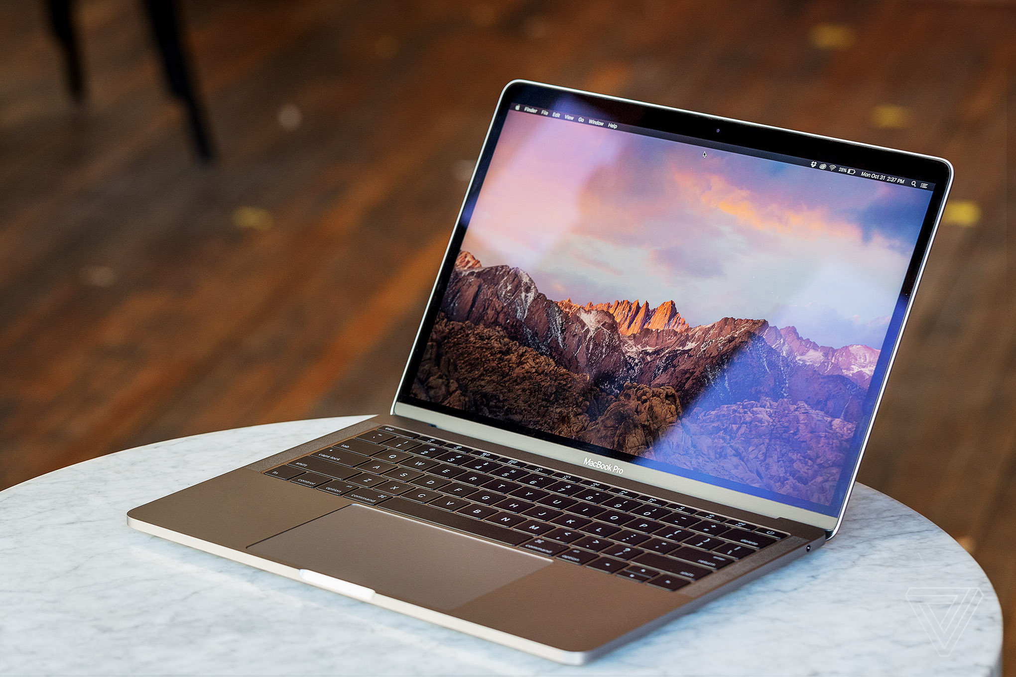 macbook book pro review