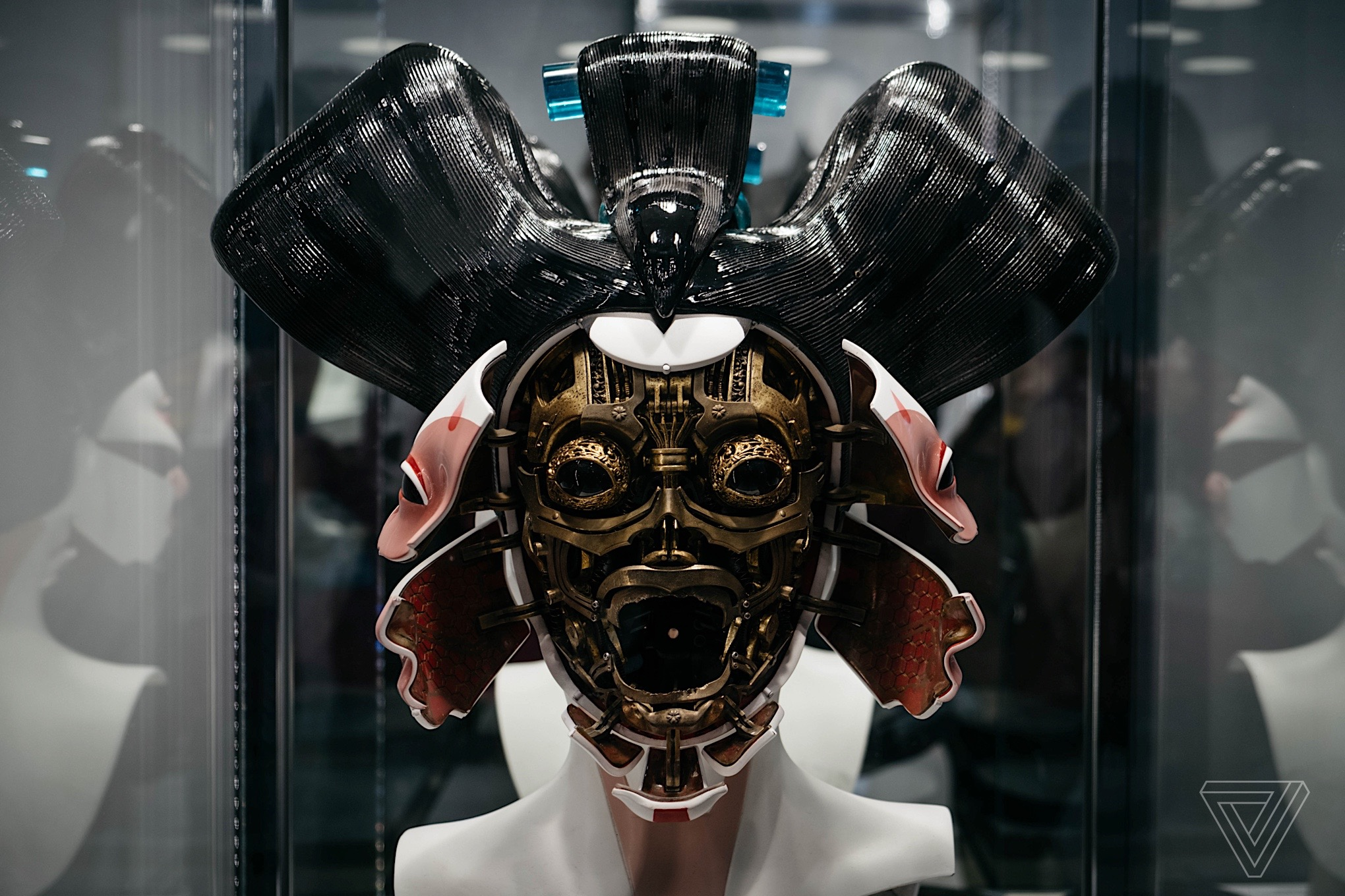 the live action ghost in the shell gets the look right the verge. Black Bedroom Furniture Sets. Home Design Ideas