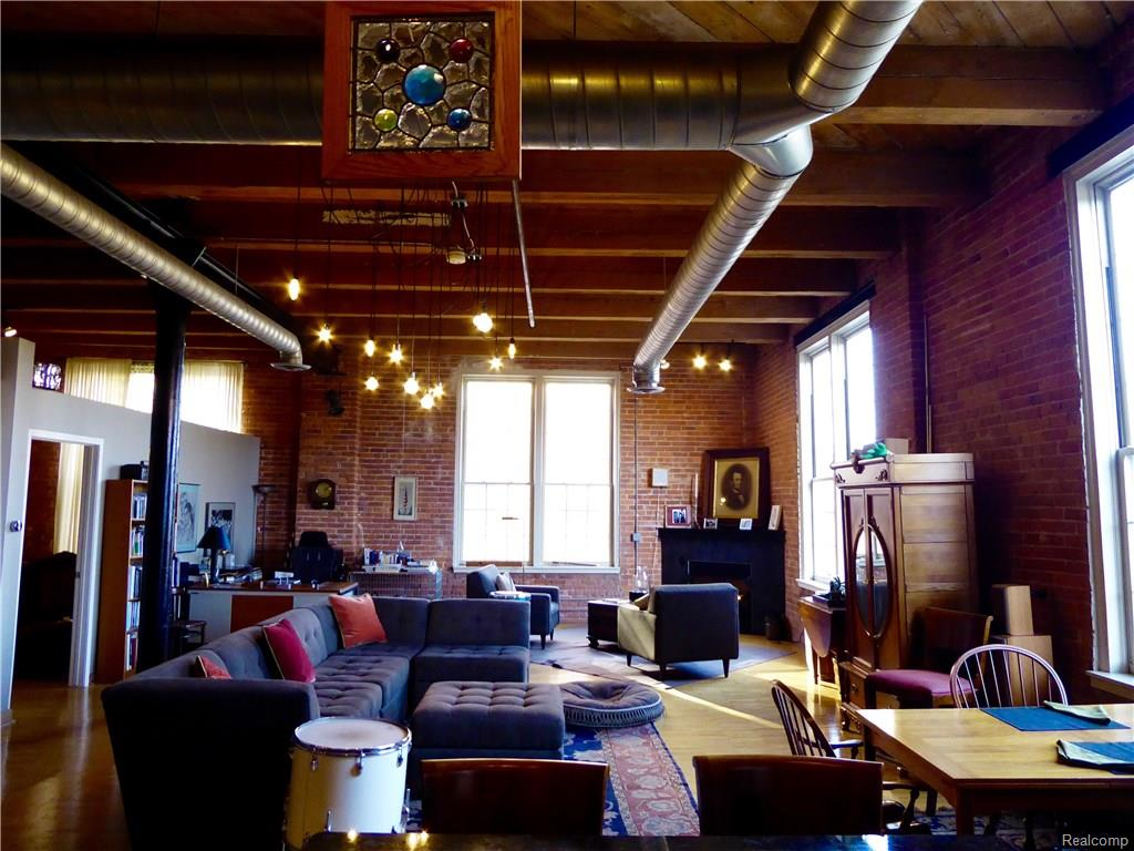 River Place Corner Loft Asks 579k Curbed Detroit