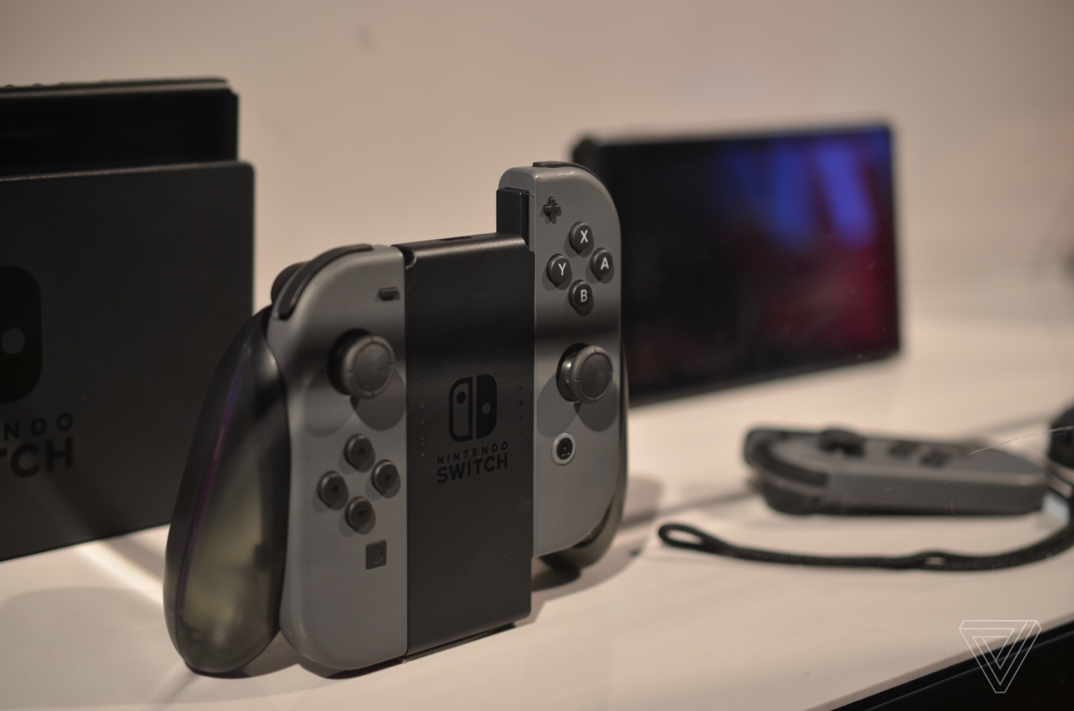 A closer look at the nintendo switch the verge - How to console into a switch ...