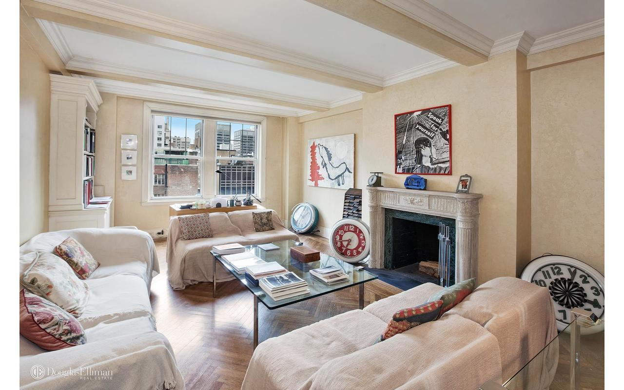 Classic Park Avenue Apartment Wants 595k Room Service Included Curbed Ny