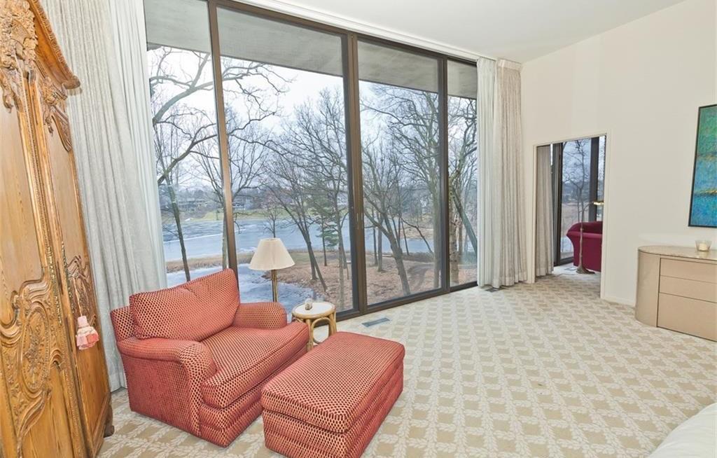 Lakefront midcentury modern in Bloomfield Hills seeks $3M - Curbed ...