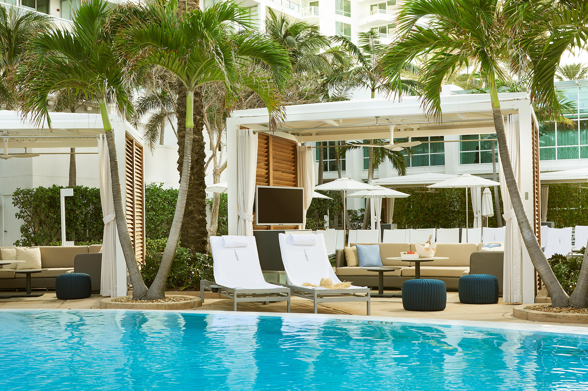 Boutique Hotel Collins Ave Miami