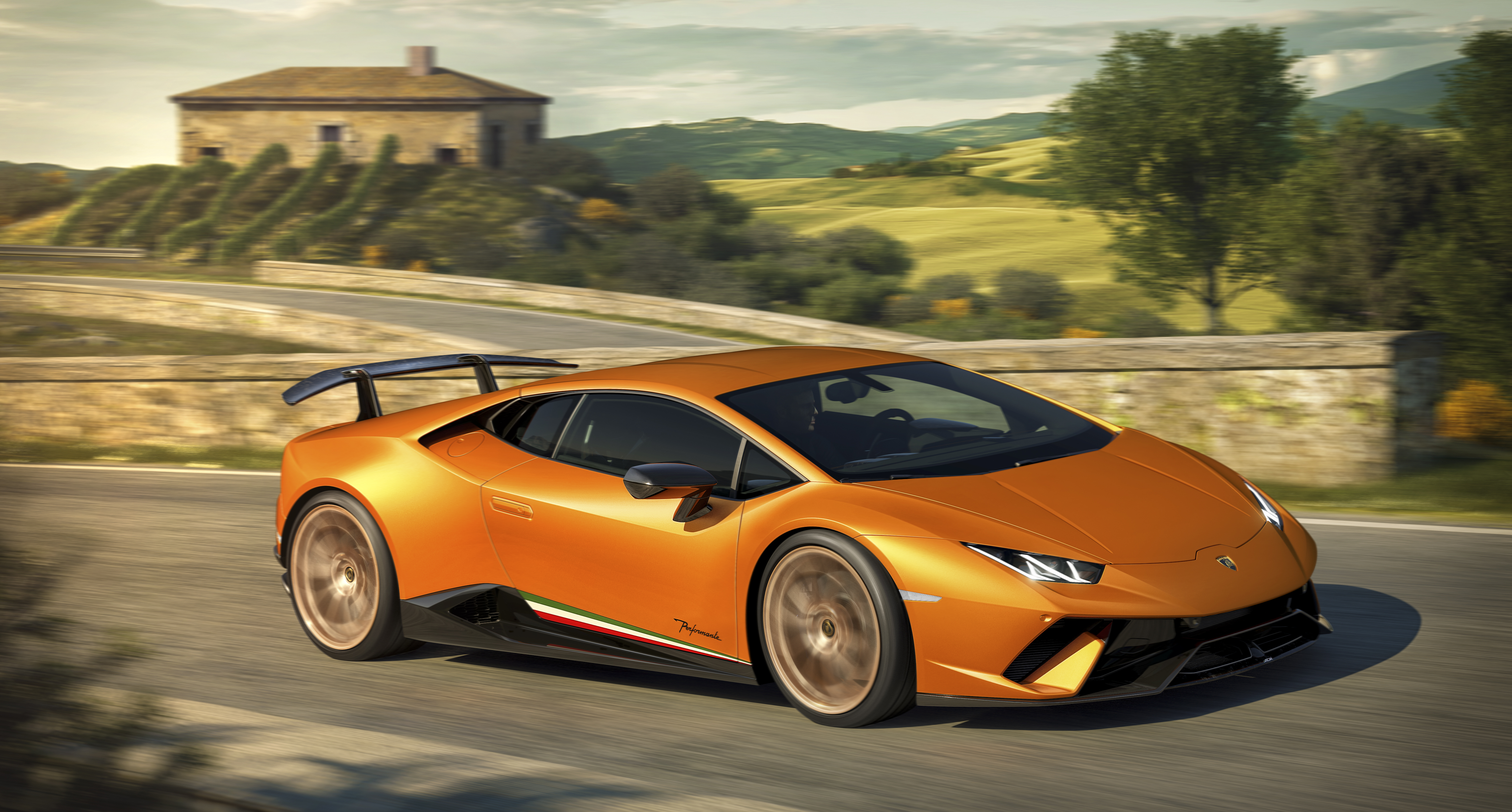 This Lamborghini is the fastest production car ever to lap the ...
