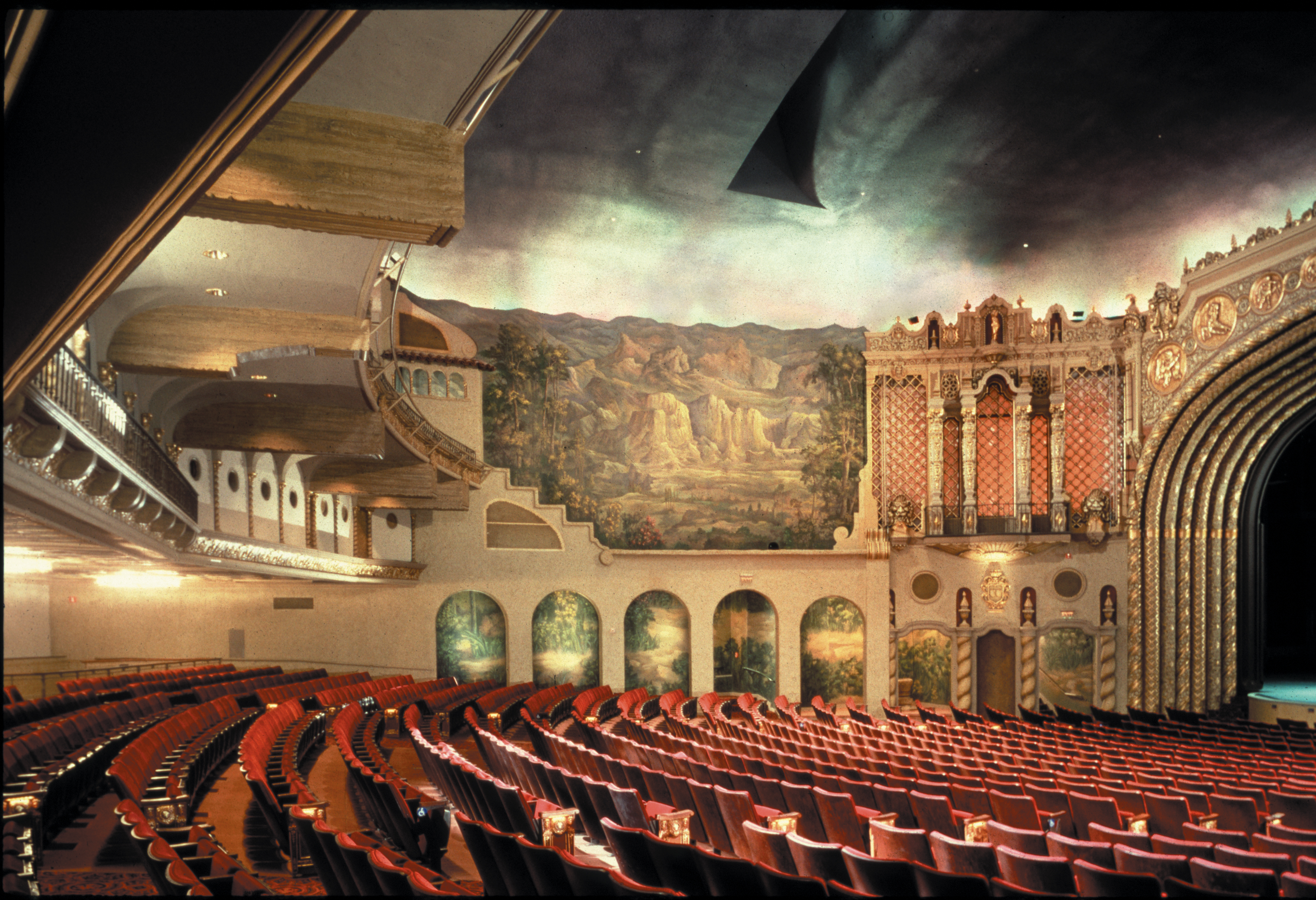 the 21 most spectacular theaters in the us curbed
