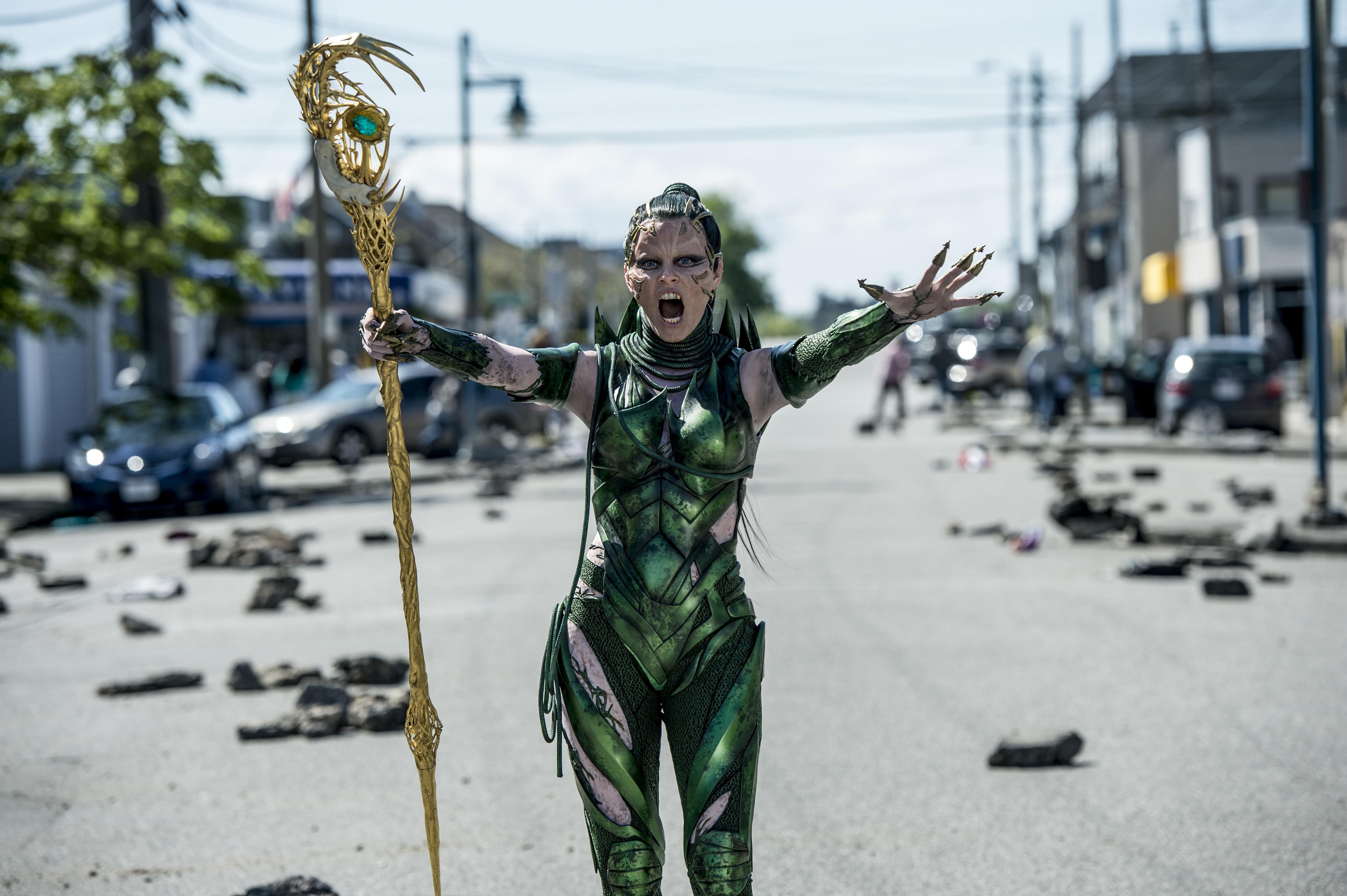 'Power Rangers' Spoilers: Elizabeth Banks Dishes On Rita Repulsa's Fate