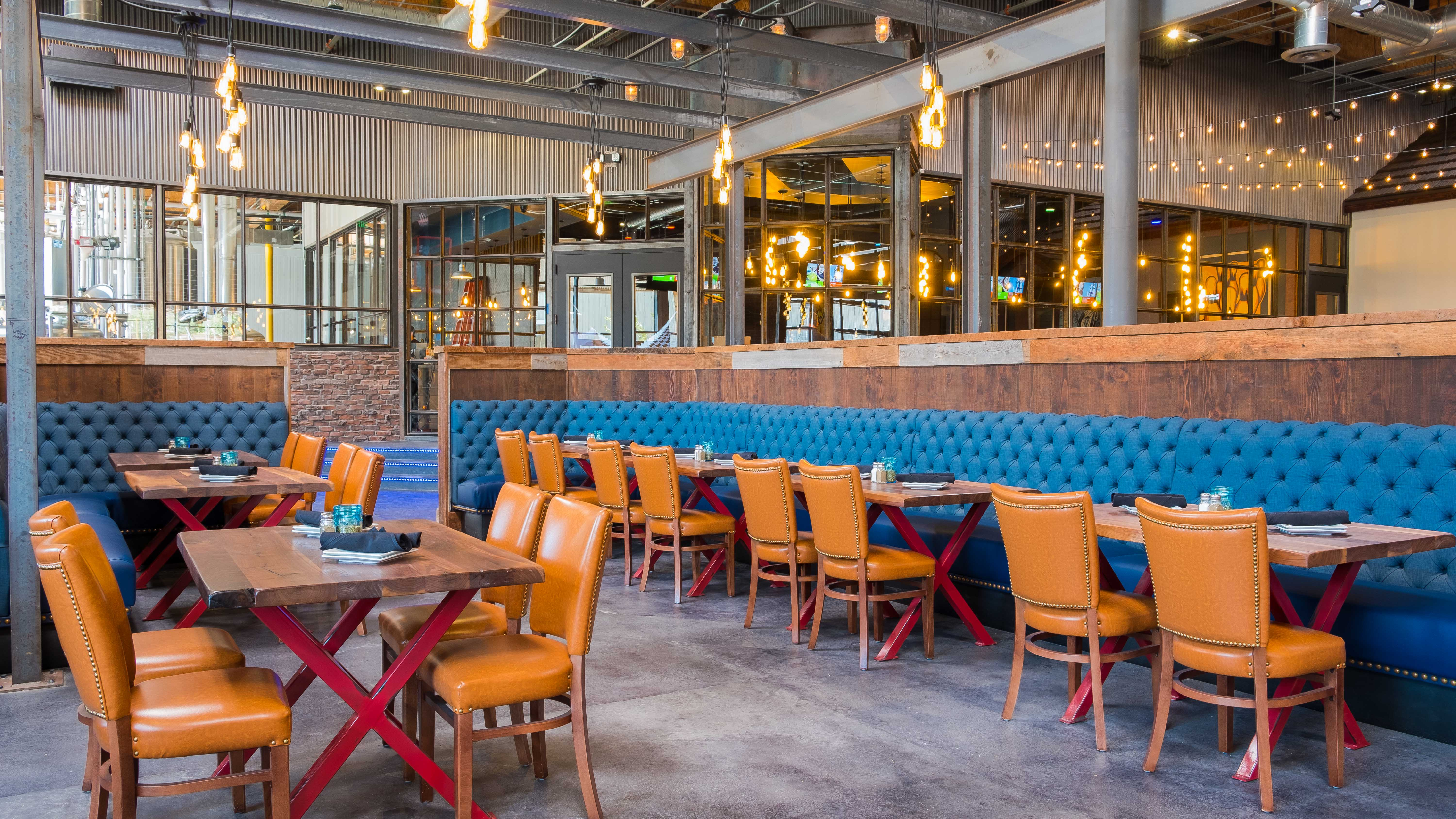 Urge Gastropub And Common House Drops The Mike In San Marcos With Brewpub Bowling Alley And More Eater San Diego