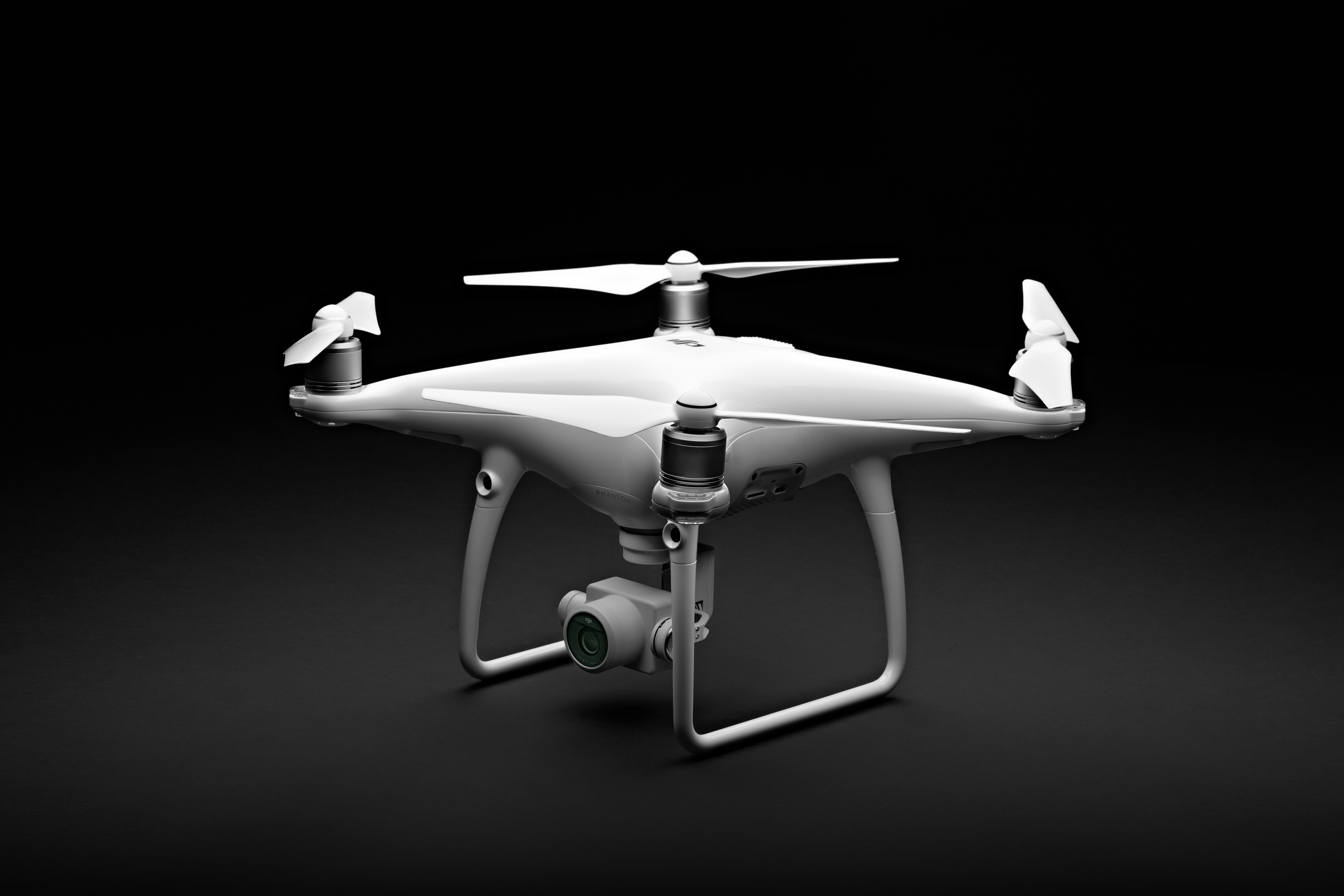 DJI Phantom 4 Advanced is More Affordable version of P4P!