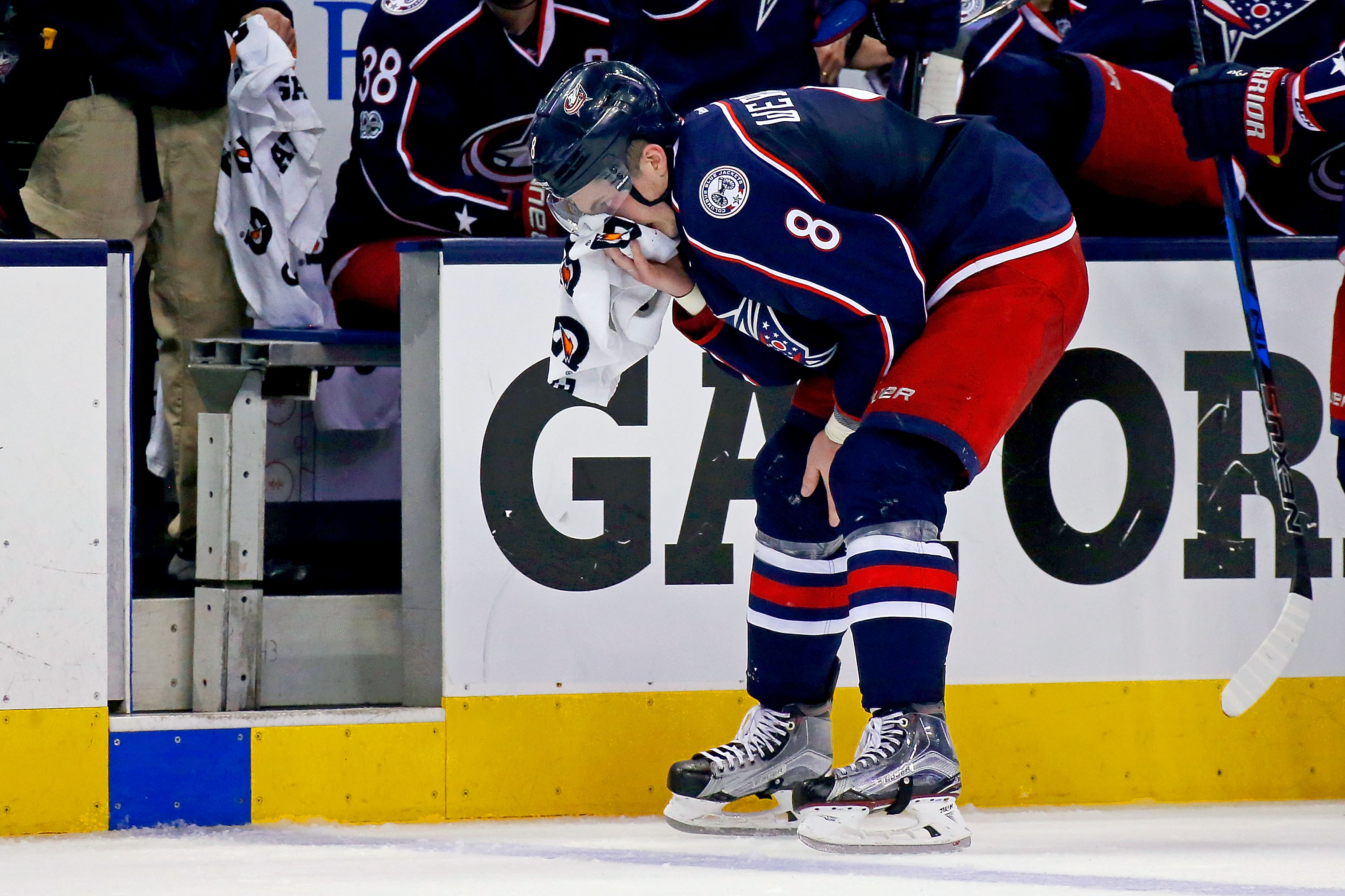 Blackhawks, Blue Jackets look to stave off elimination