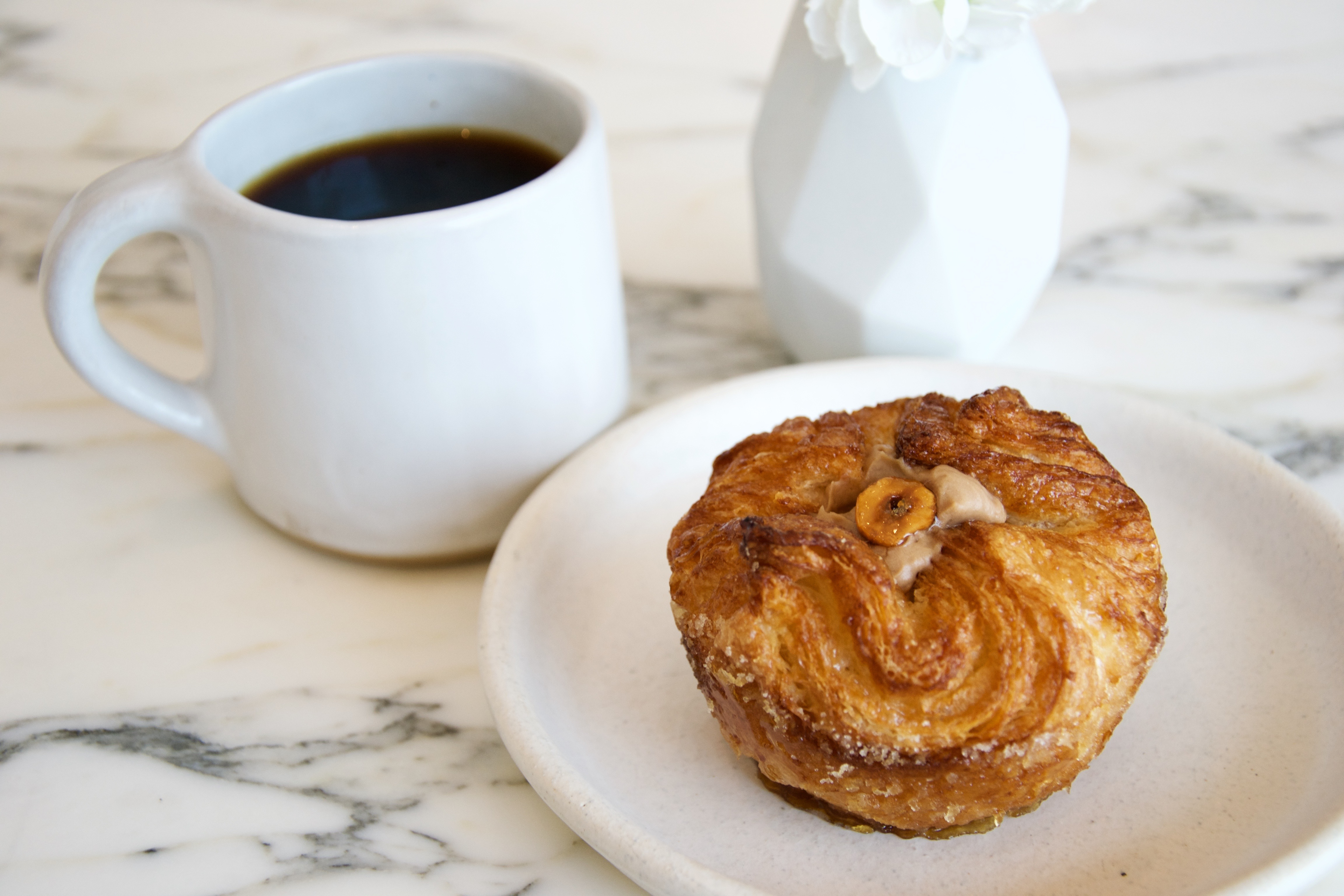 spend all day at the sleek, airy walnut street cafe - eater philly