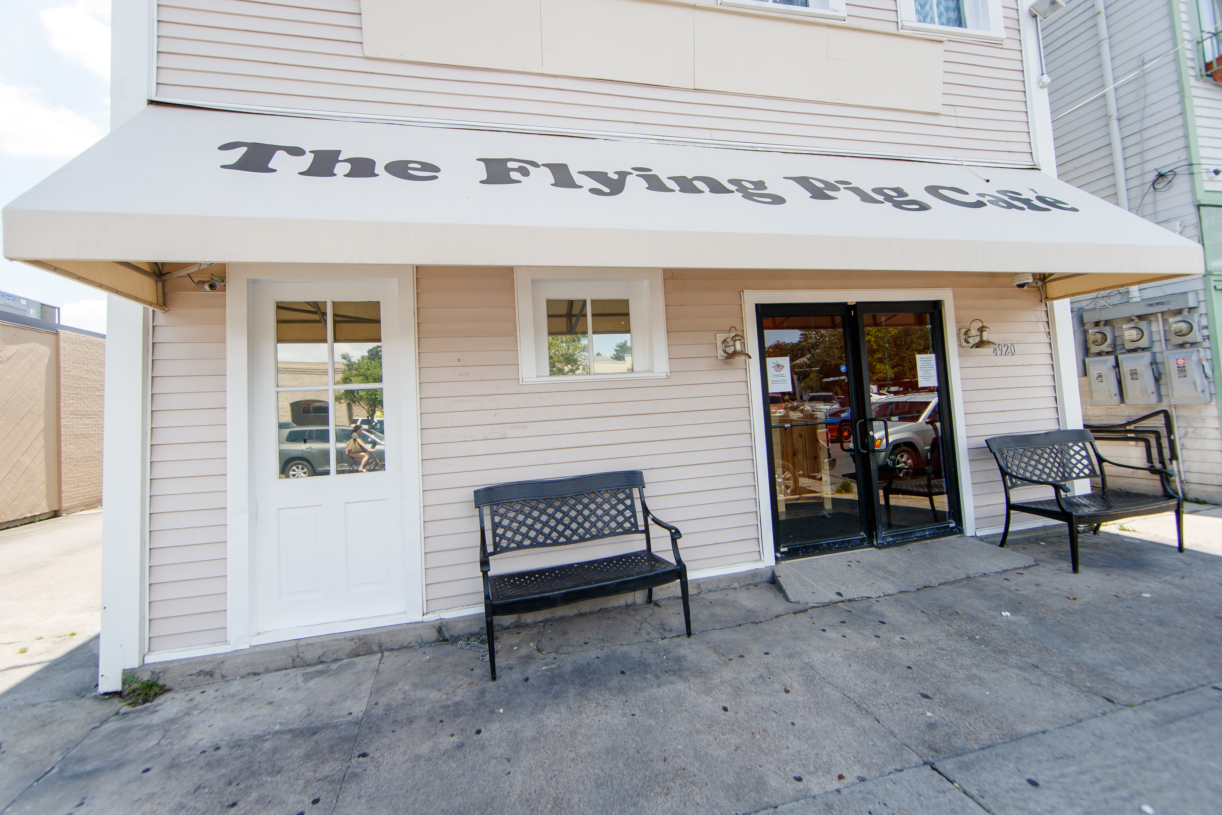 The Flying Pig Lands Today With Mac and Cheese, Collards, and Fried ...