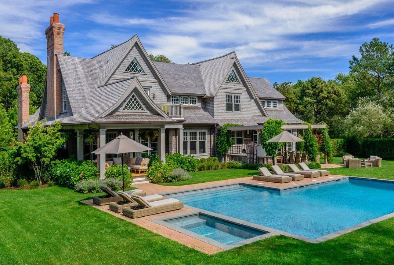 Billy Joel Curbed Hamptons