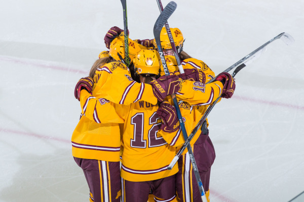 WCHA: Minnesota Womens Frozen Face-off Preview And Awards Recap