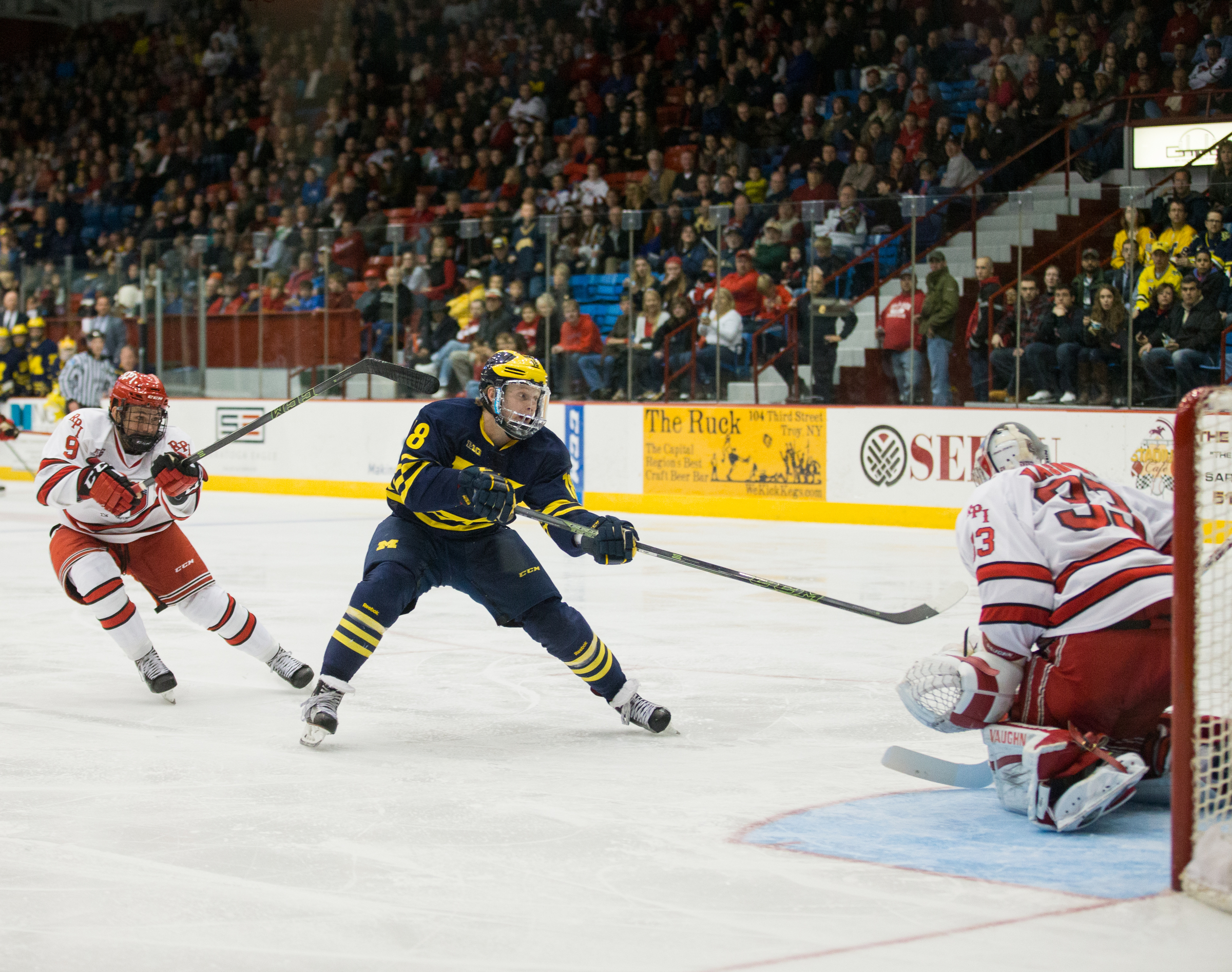BIG10: Michigan's Kyle Connor Signs With Winnipeg