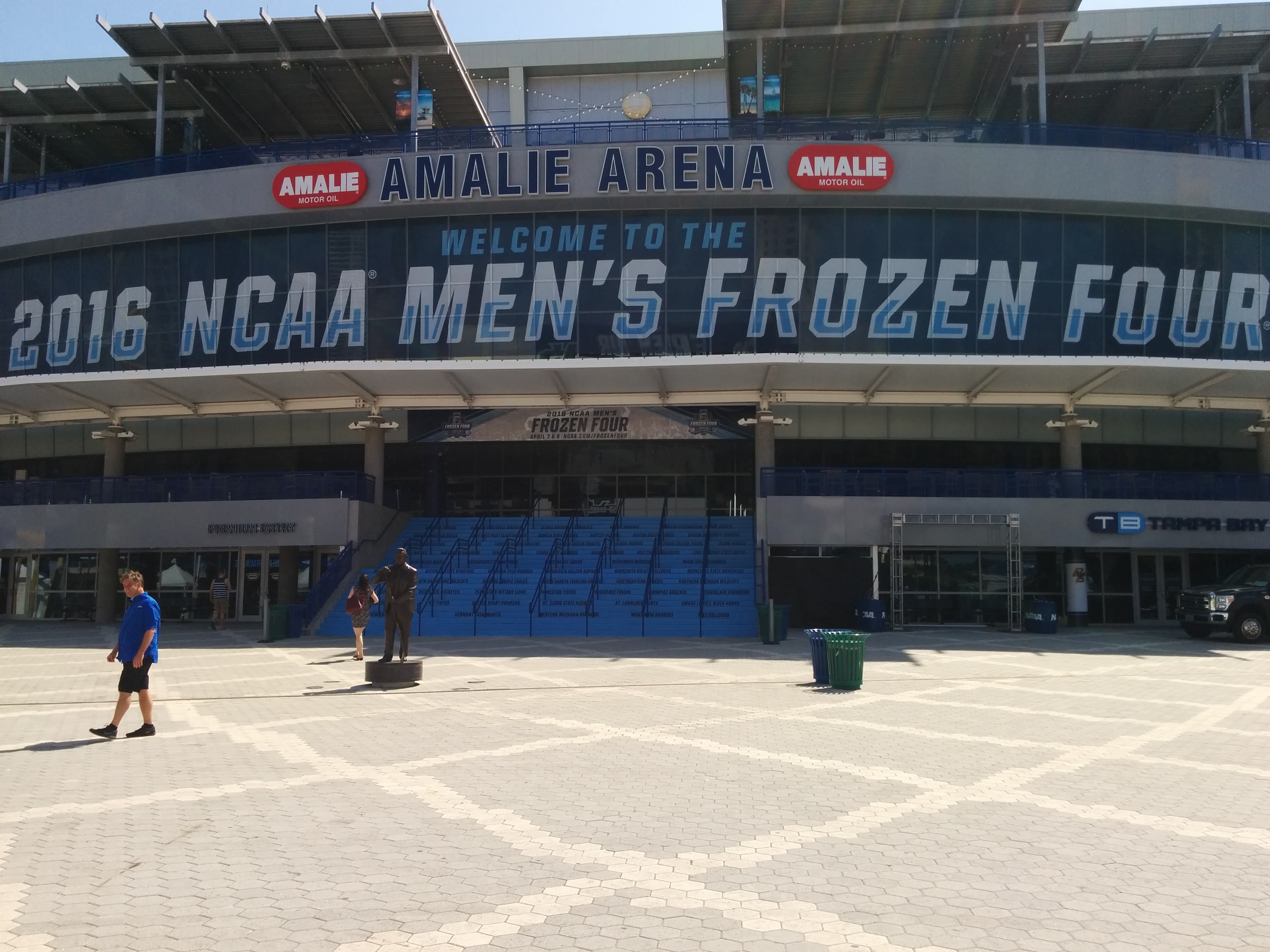 NCAA: Cities Start Lining Up 2019-22 Frozen Four Bids