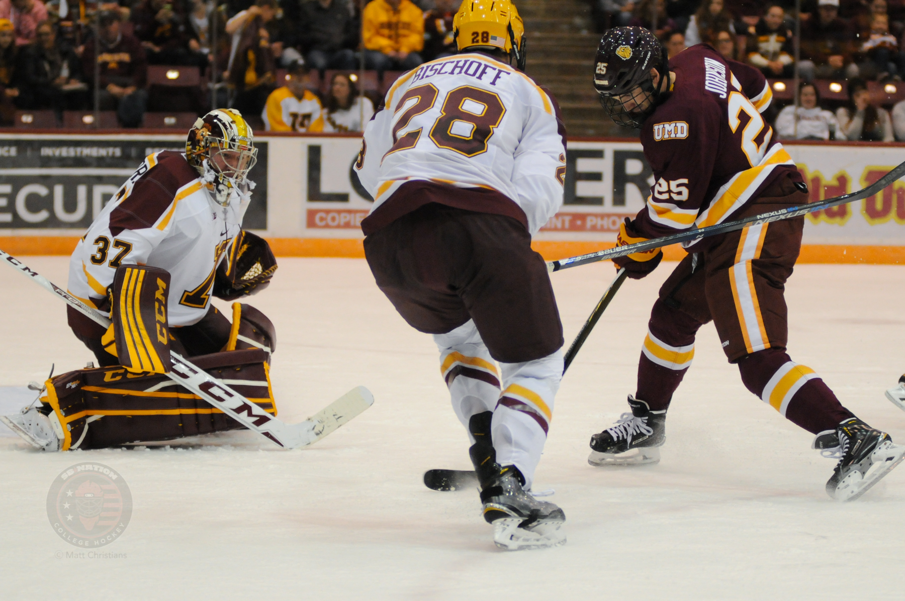 NCAA: Minnesota's Jake Bischoff And Brent Gates Each Score Twice In Shutout Win