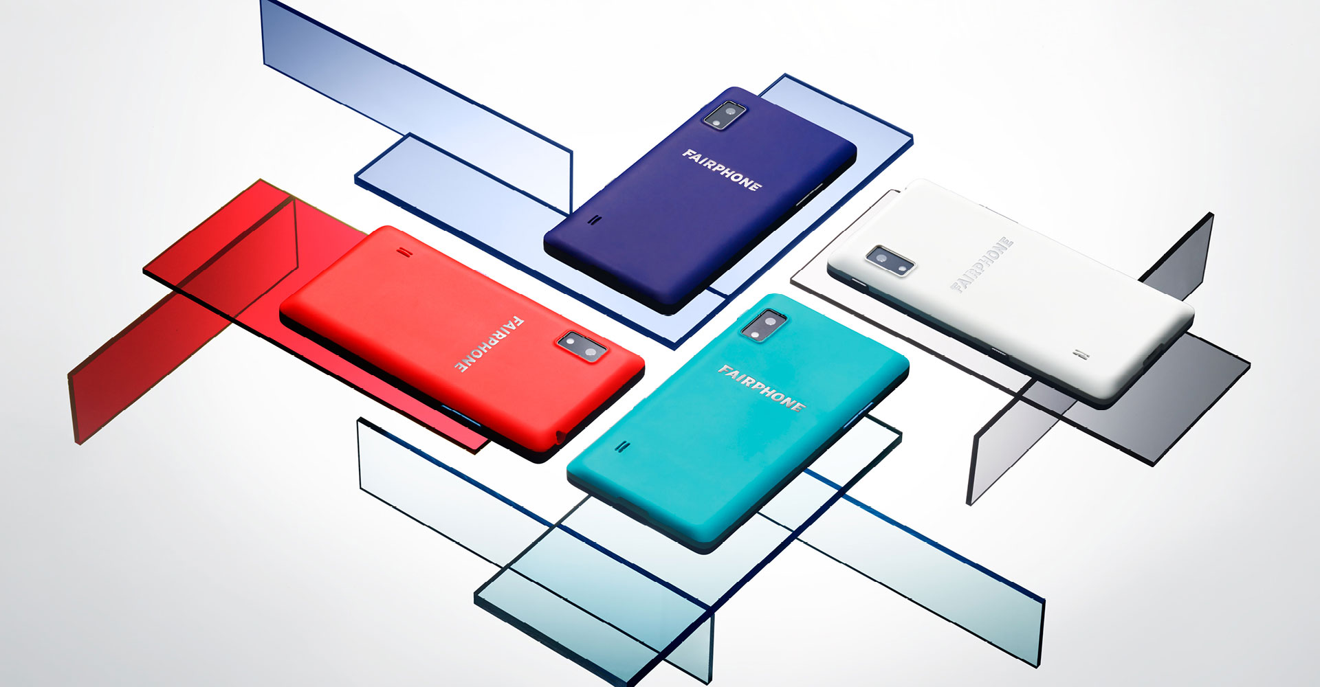 The Jaq charges a smartphone using hydrogen fuel cells ...