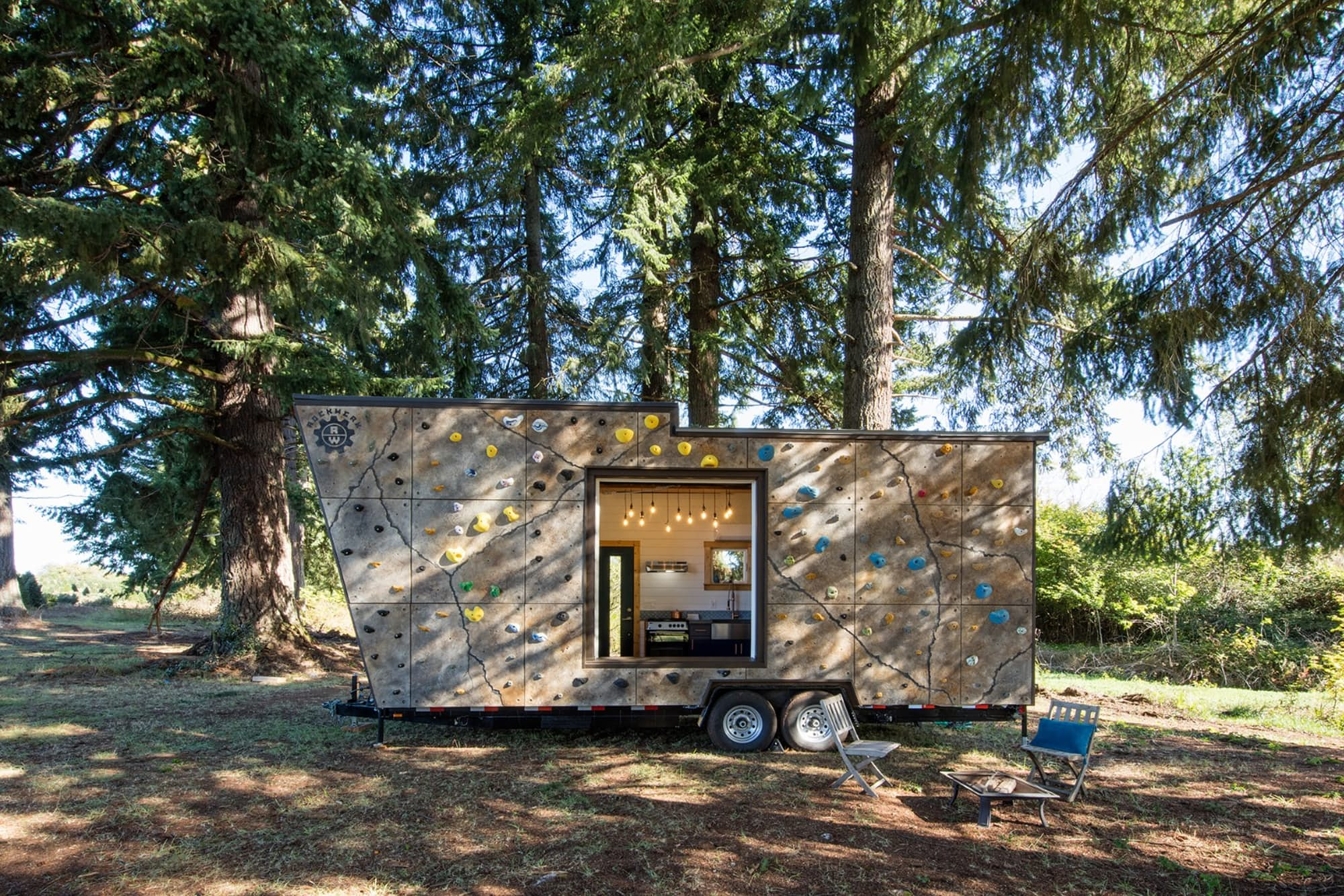 Wondrous Tiny Homes Curbed Largest Home Design Picture Inspirations Pitcheantrous