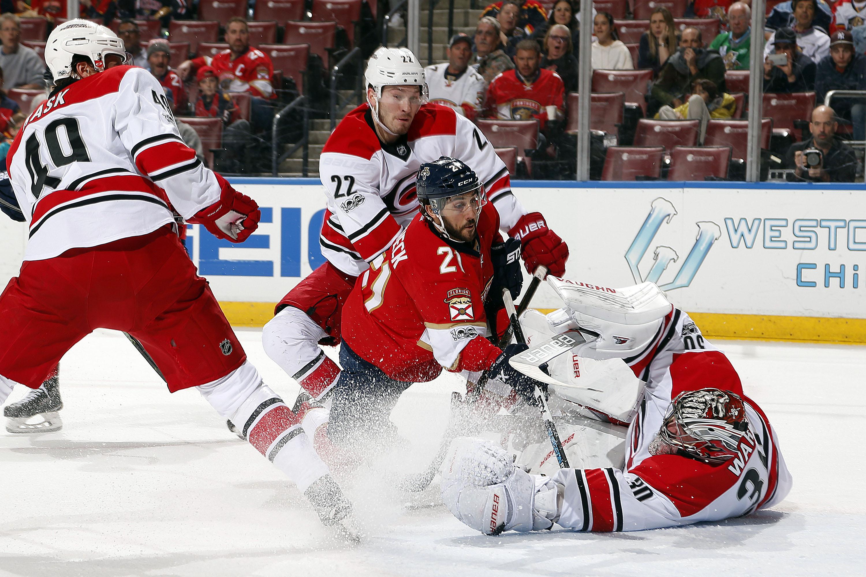 2017 NHL Trade Deadline: Lavoie: Hurricanes listening to ... Trade Deadline