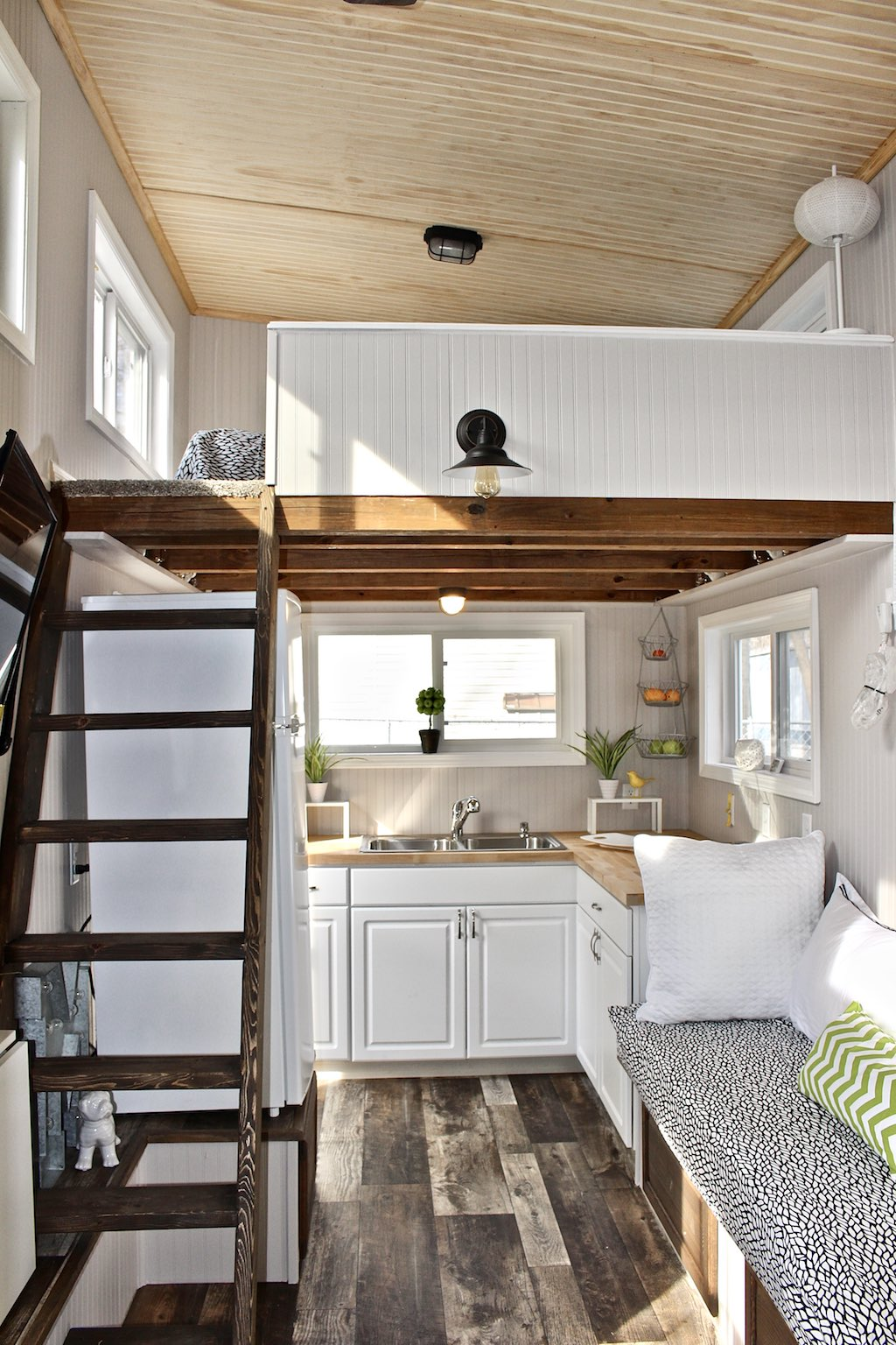 Swell Tiny Homes Curbed Largest Home Design Picture Inspirations Pitcheantrous