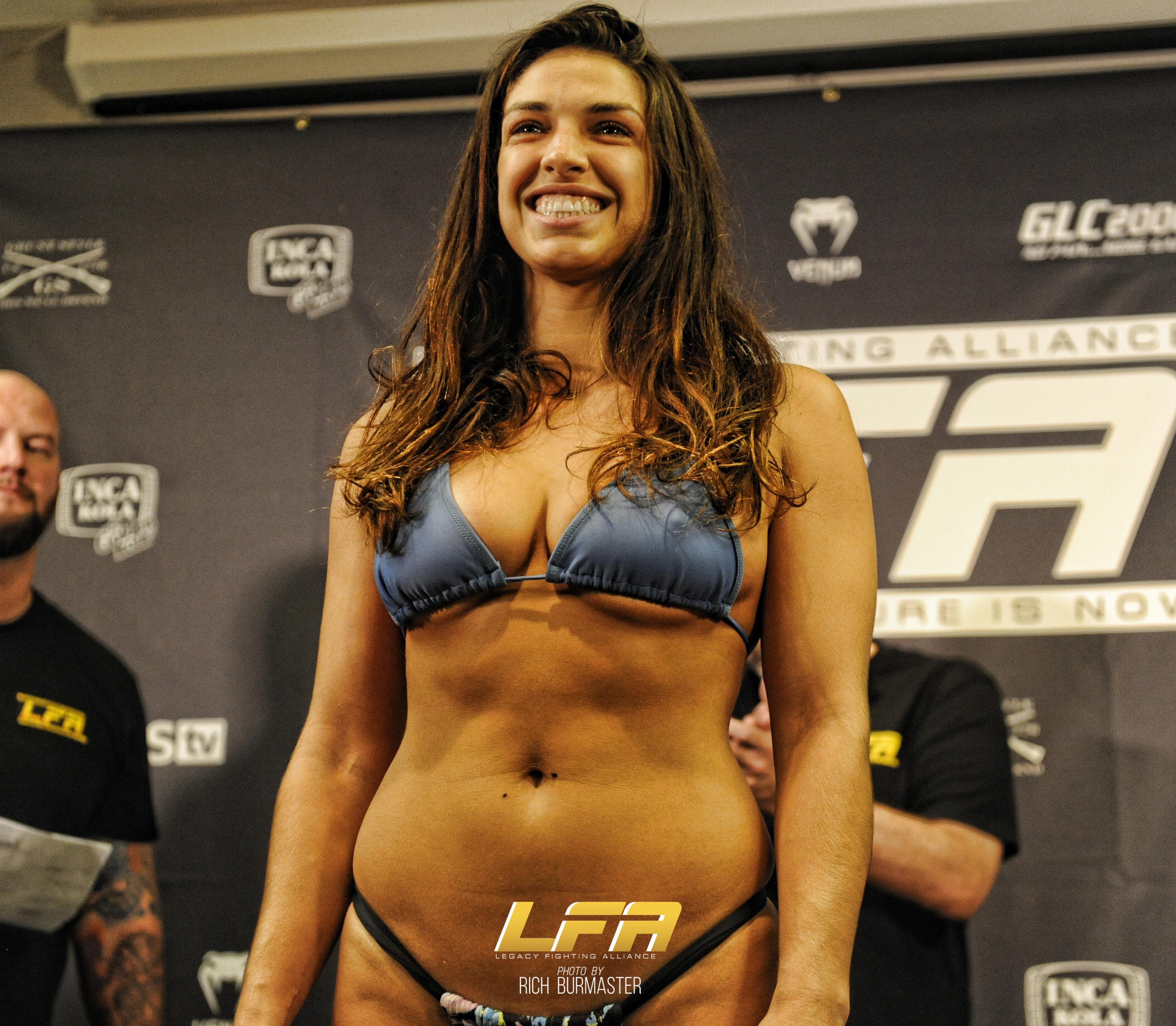 UFC Fight Night: Vitor Belfort vs. Kelvin Gastelum Toe to ...